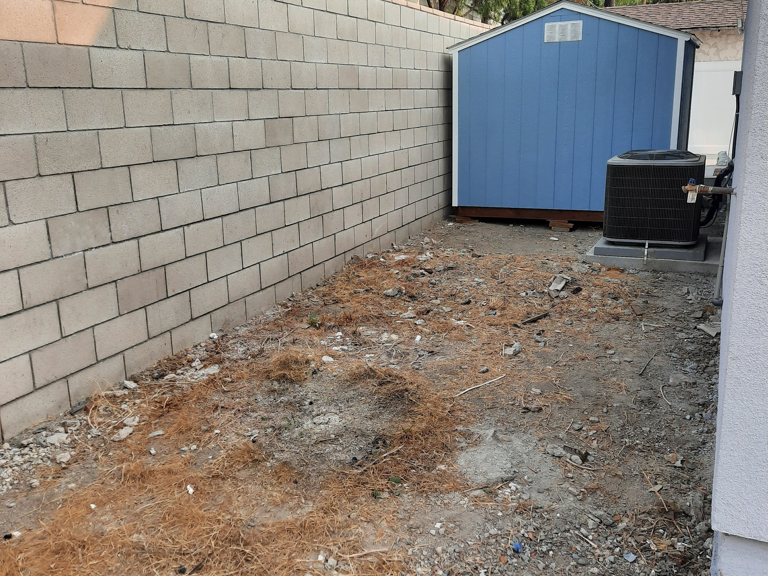 15x10 Unpaved Lot self storage unit