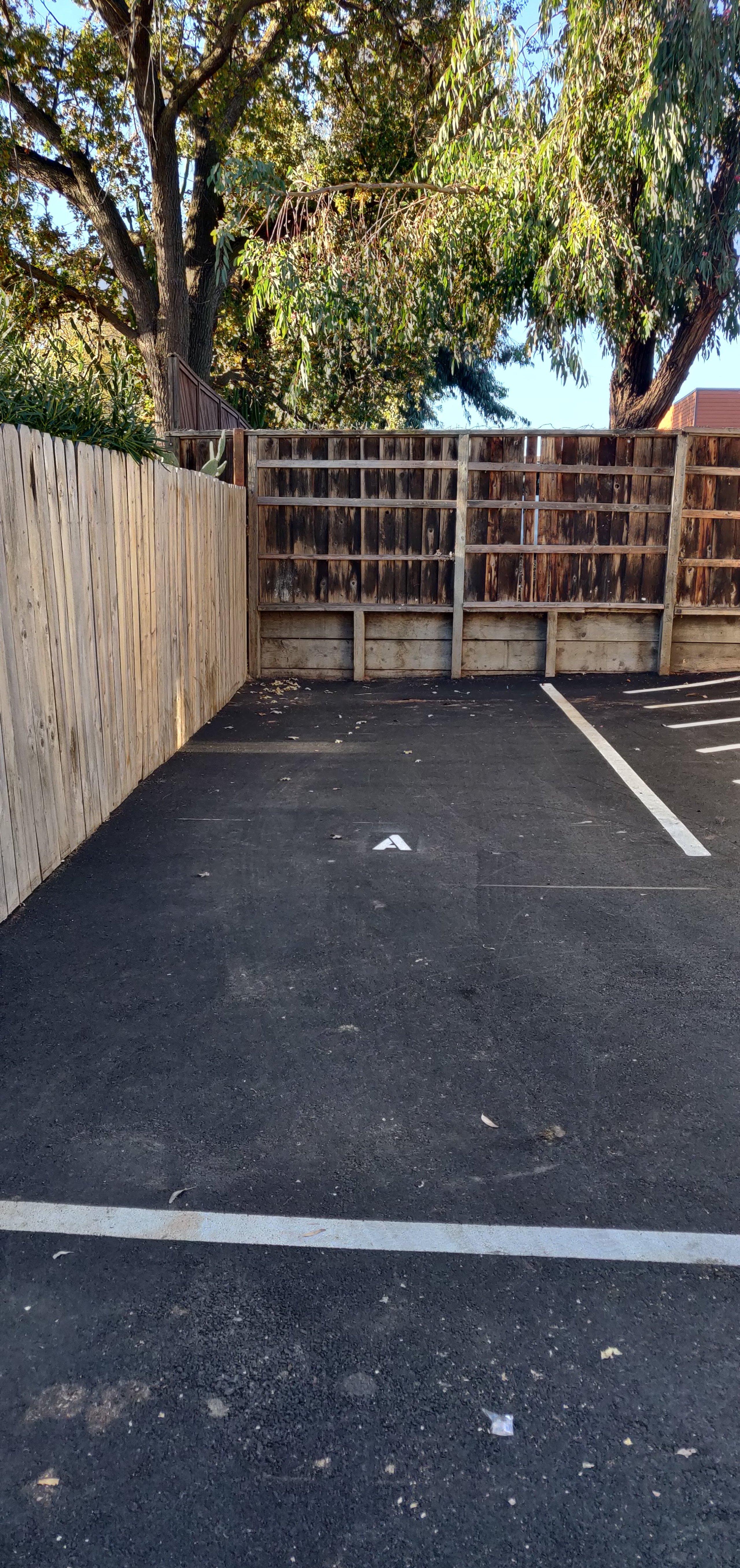 20x20 Parking Lot self storage unit