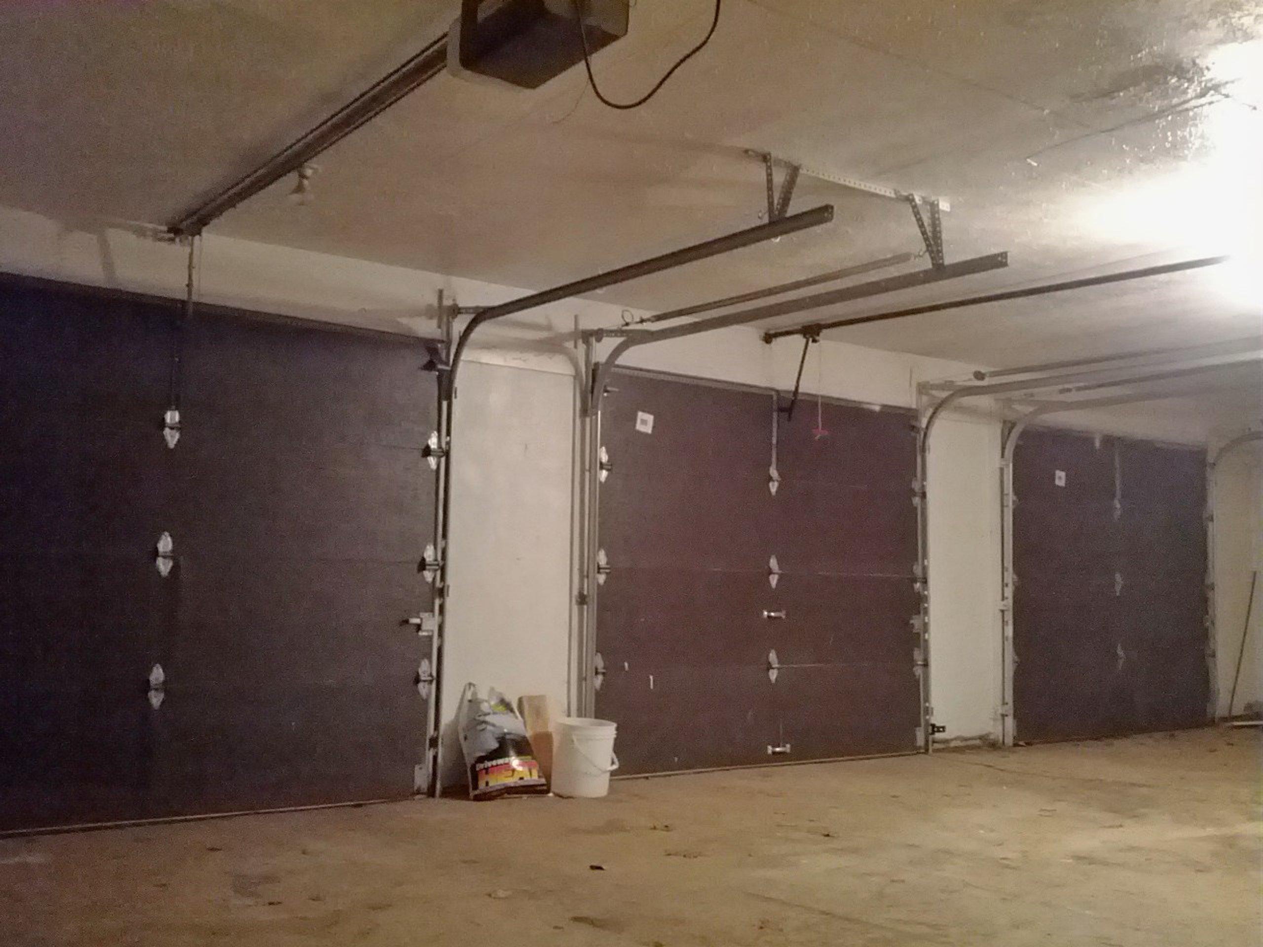 30x20 Garage self storage unit