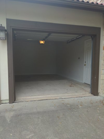 17x10 Garage self storage unit