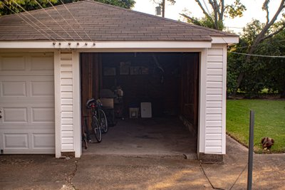 15x10 Garage self storage unit