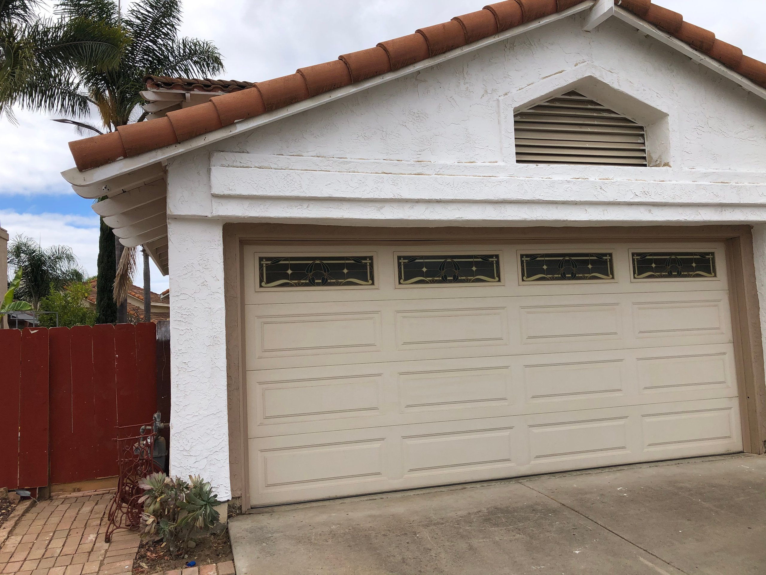 17x12 Garage self storage unit
