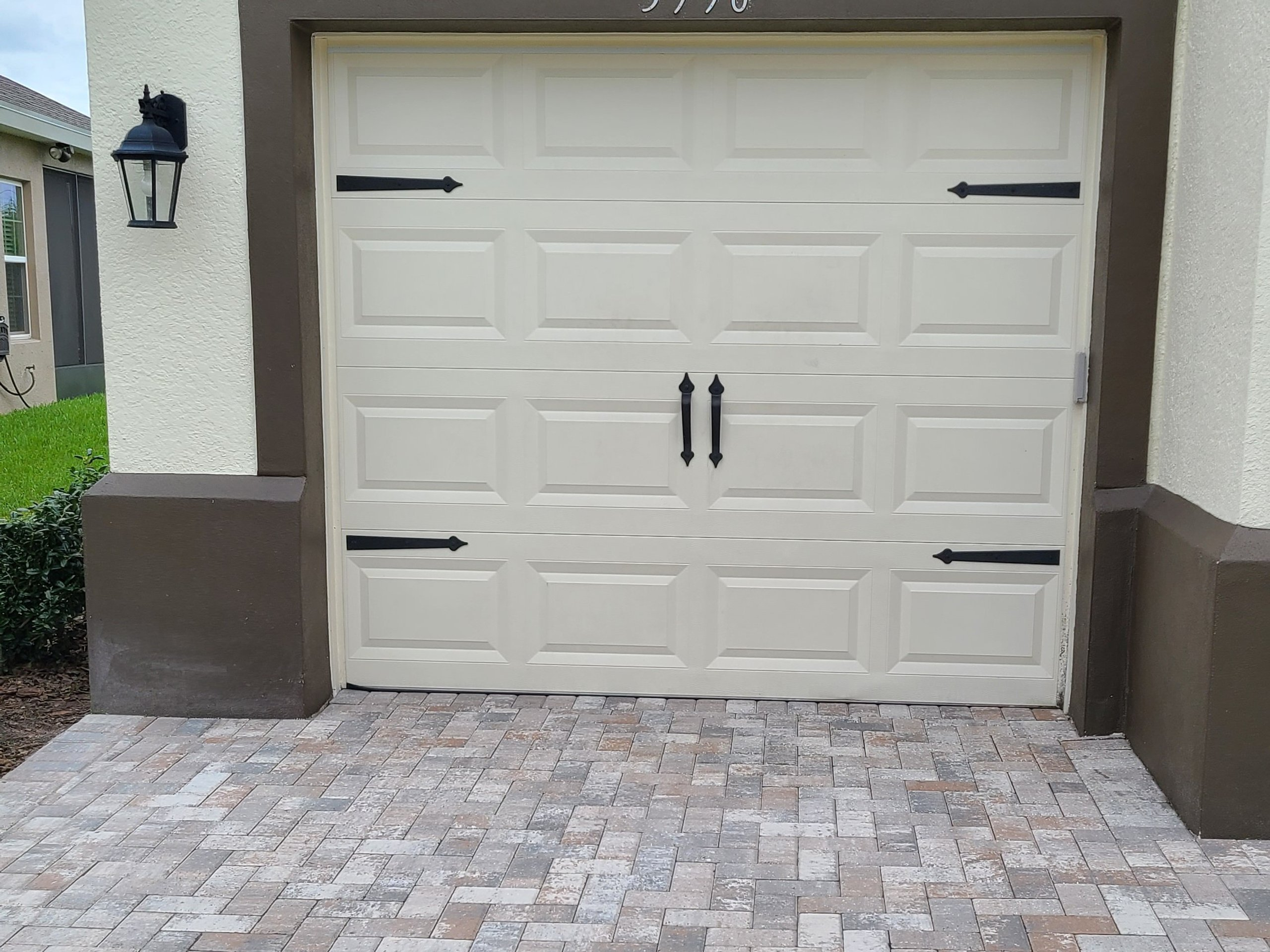 16x12 Garage self storage unit