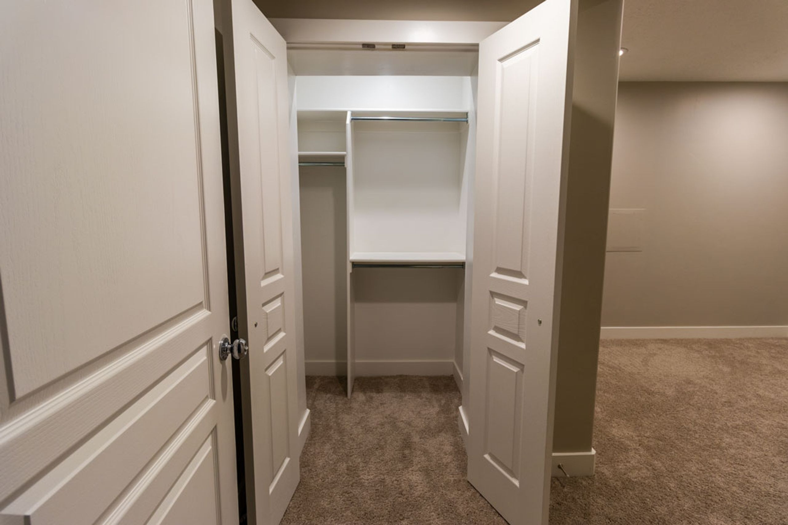 10x11 Basement self storage unit