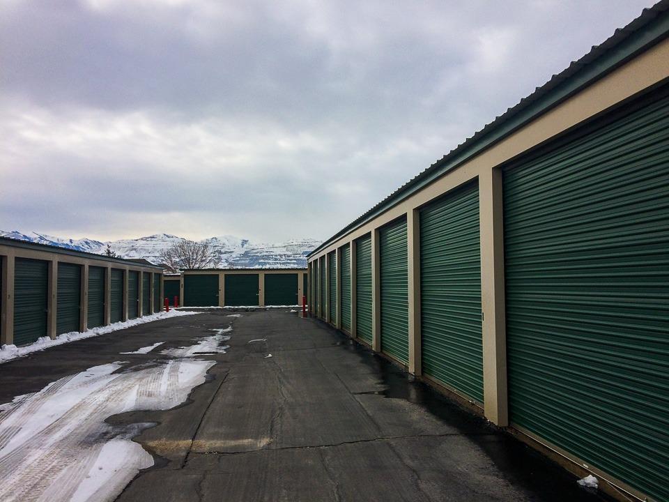 5x5 Storage Facility self storage unit
