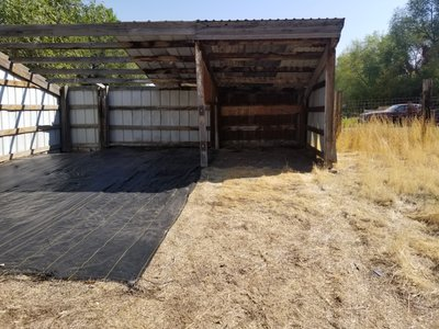 20x8 Unpaved Lot self storage unit