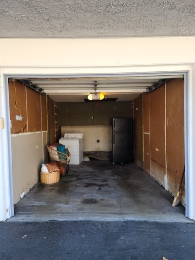 15x7 Garage self storage unit
