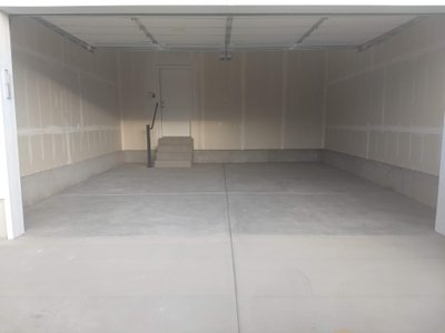 21x20 Garage self storage unit