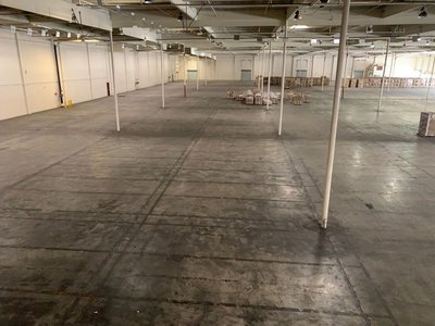 100x100 Warehouse self storage unit