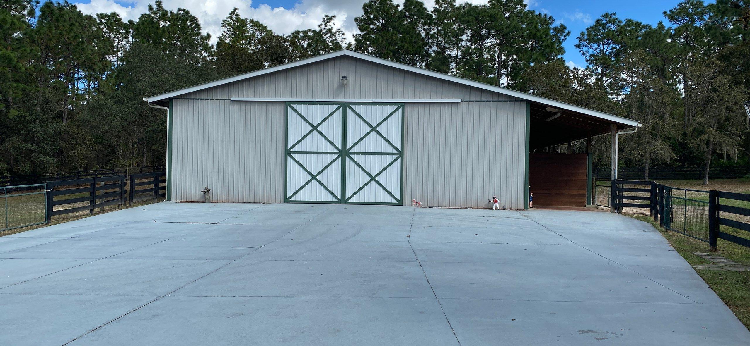 90x70 Garage self storage unit