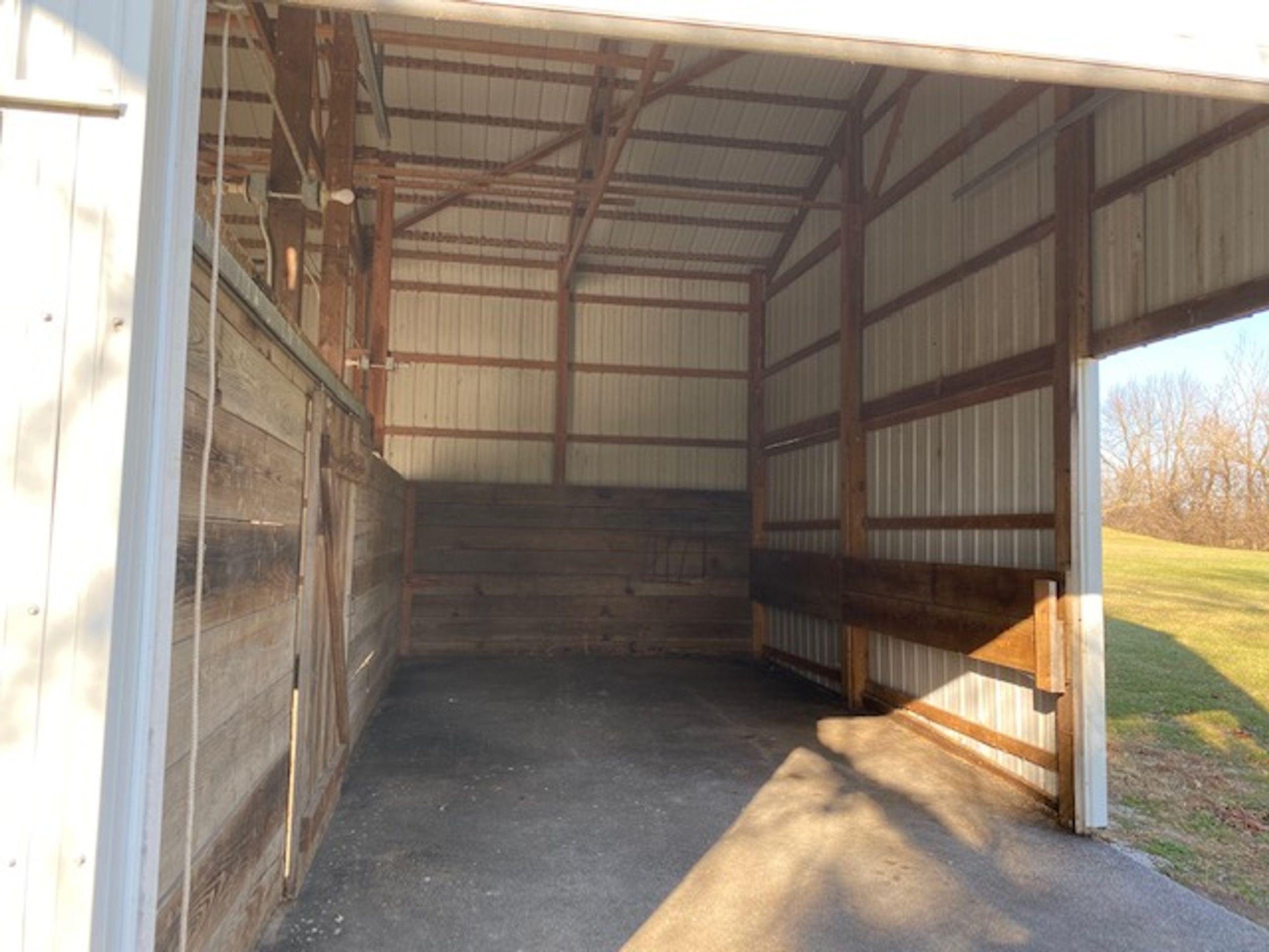27x13 Garage self storage unit
