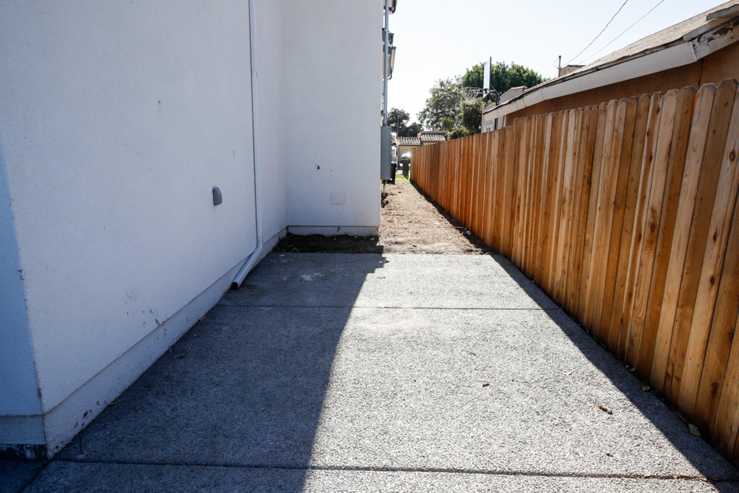 20x7 Driveway self storage unit