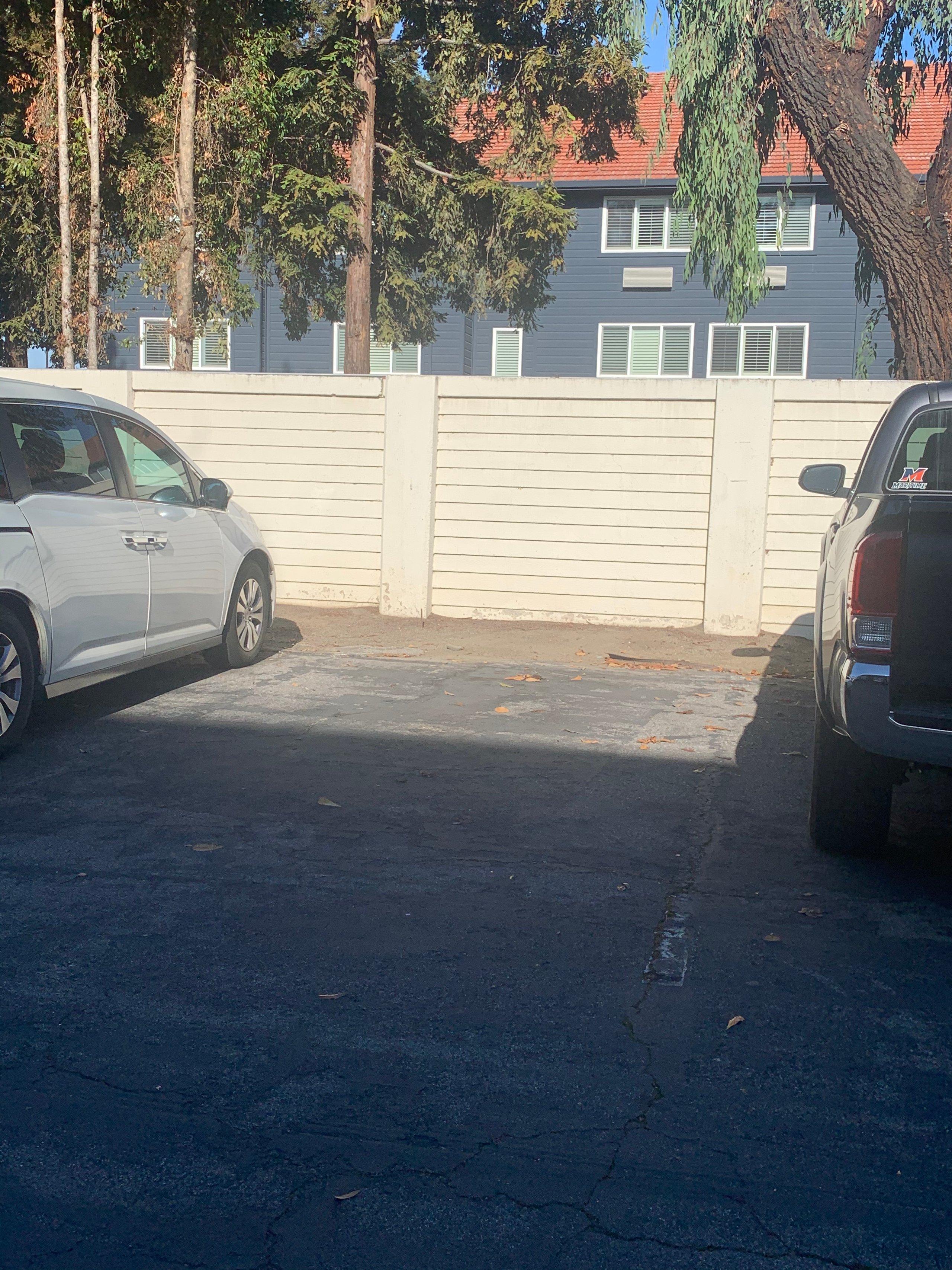 10x10 Parking Lot self storage unit