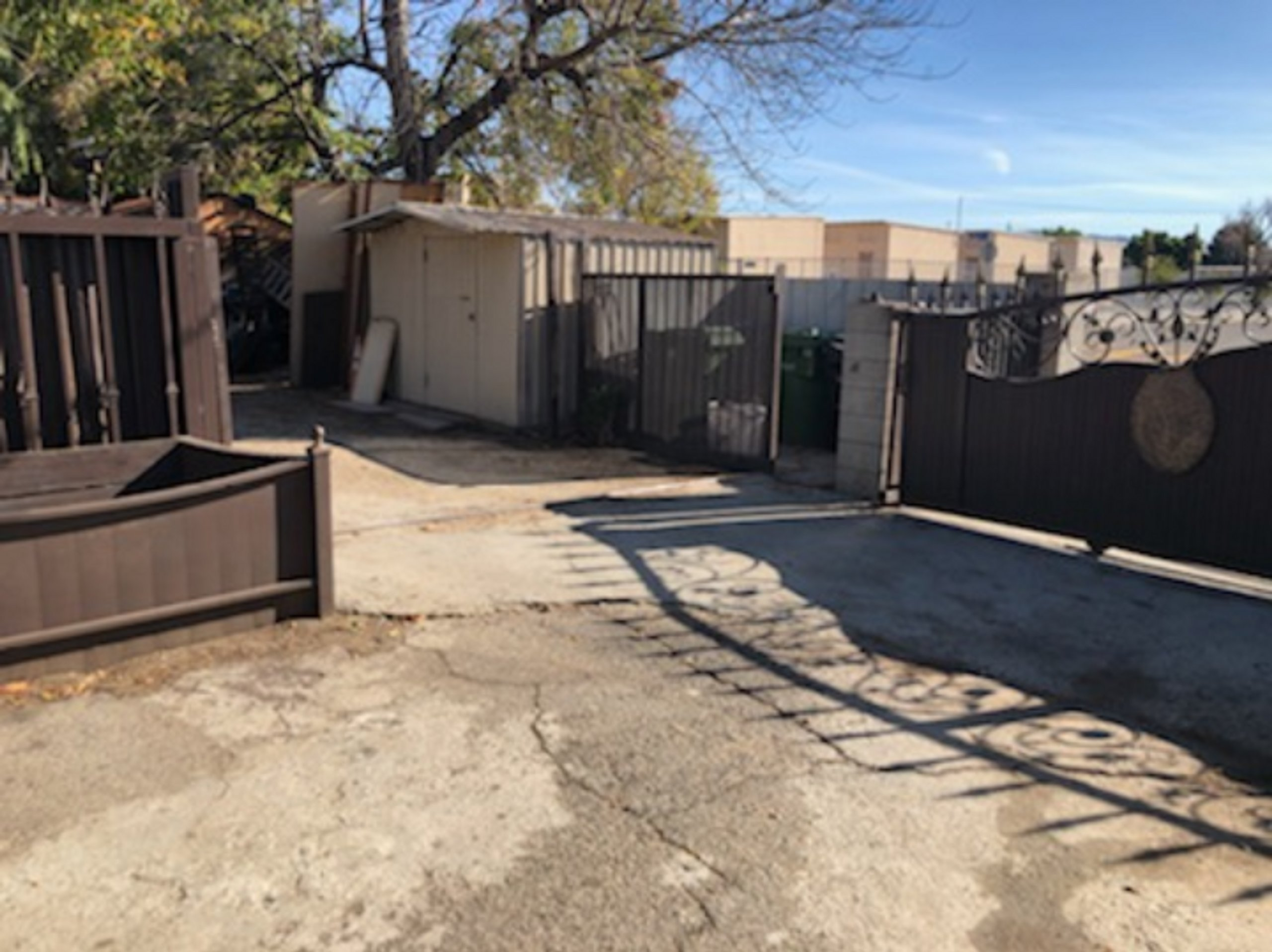 31x10 Unpaved Lot self storage unit