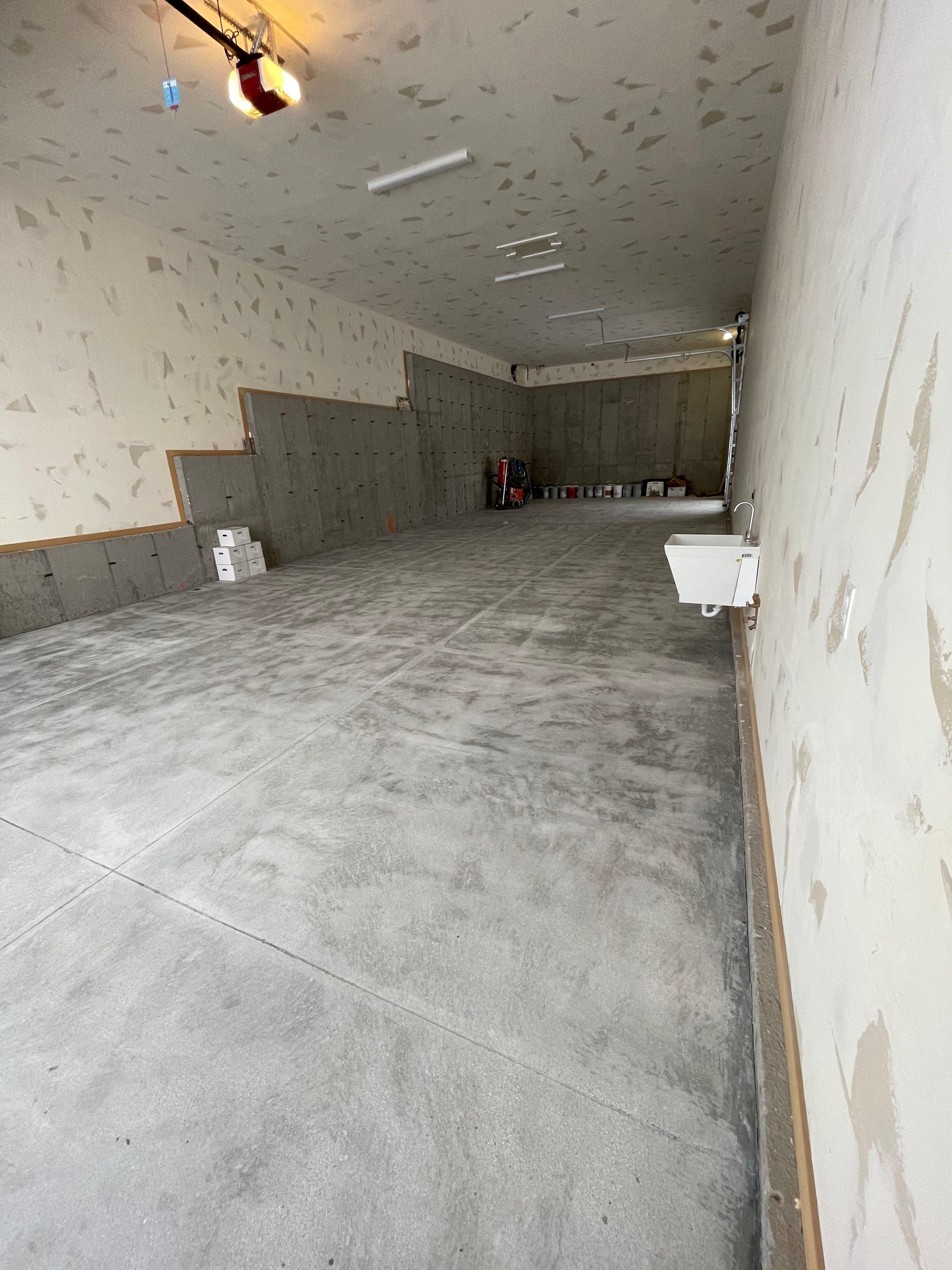 34x12 Garage self storage unit