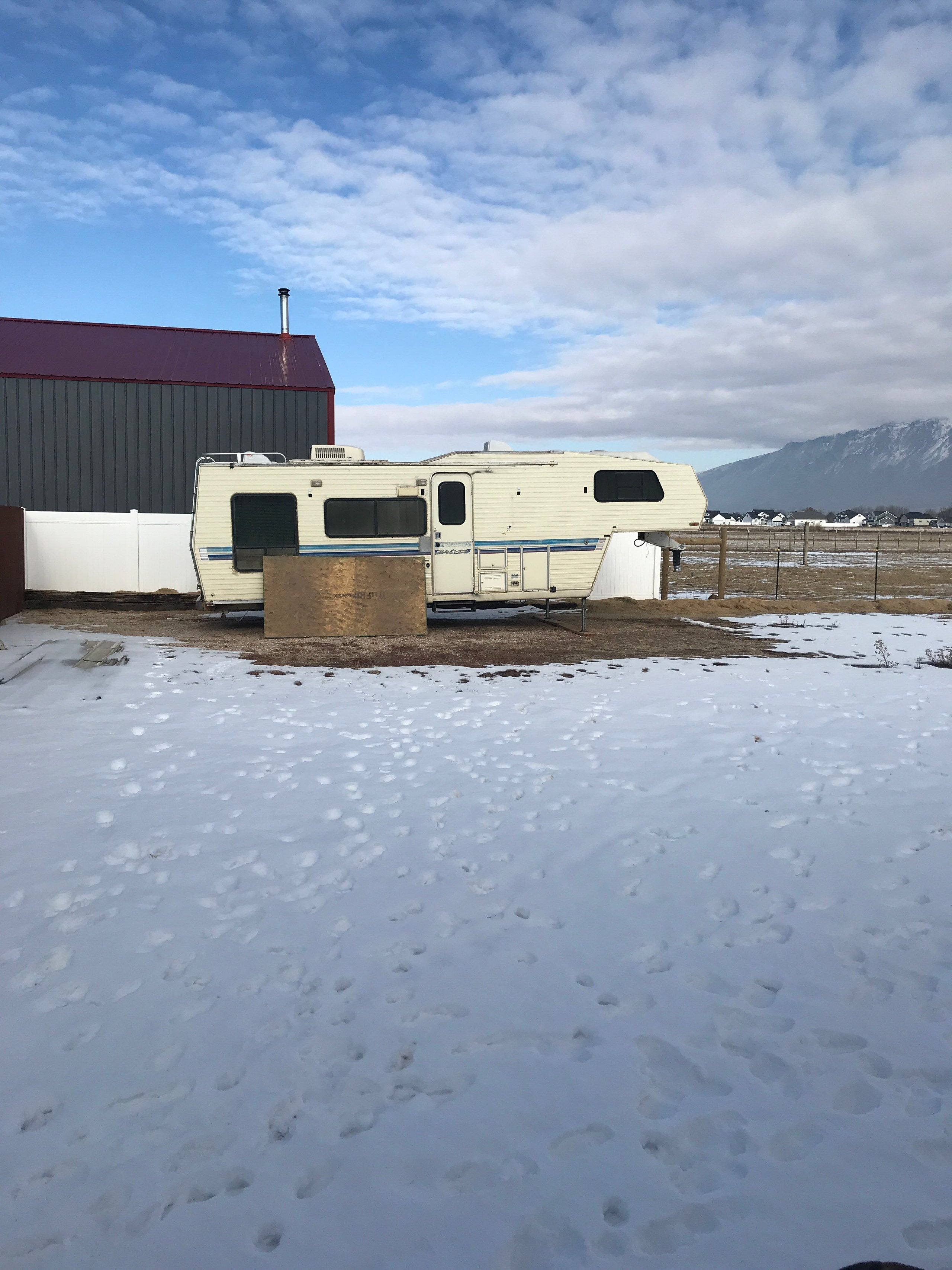 50x15 Unpaved Lot self storage unit