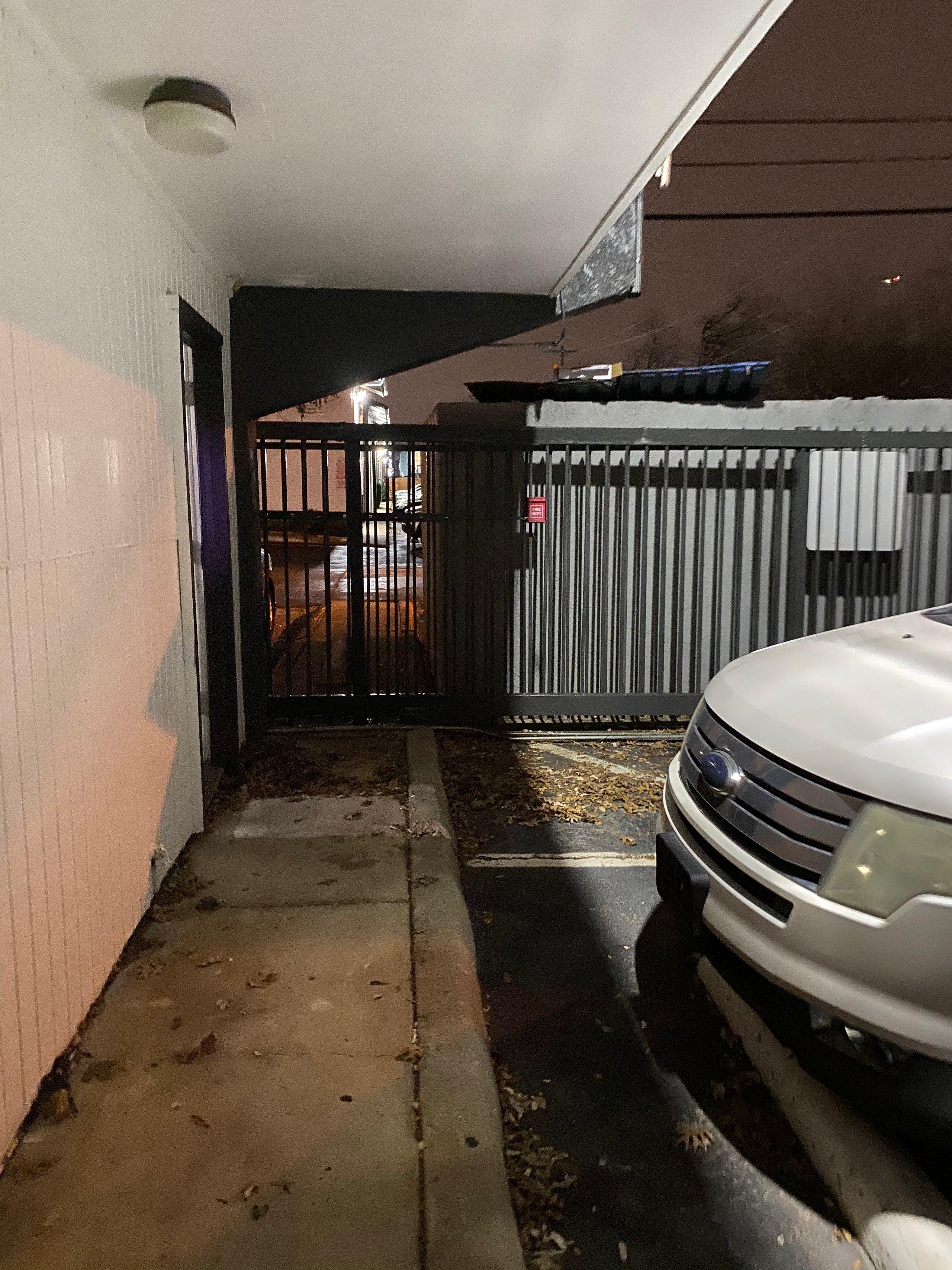 14x9 Driveway self storage unit