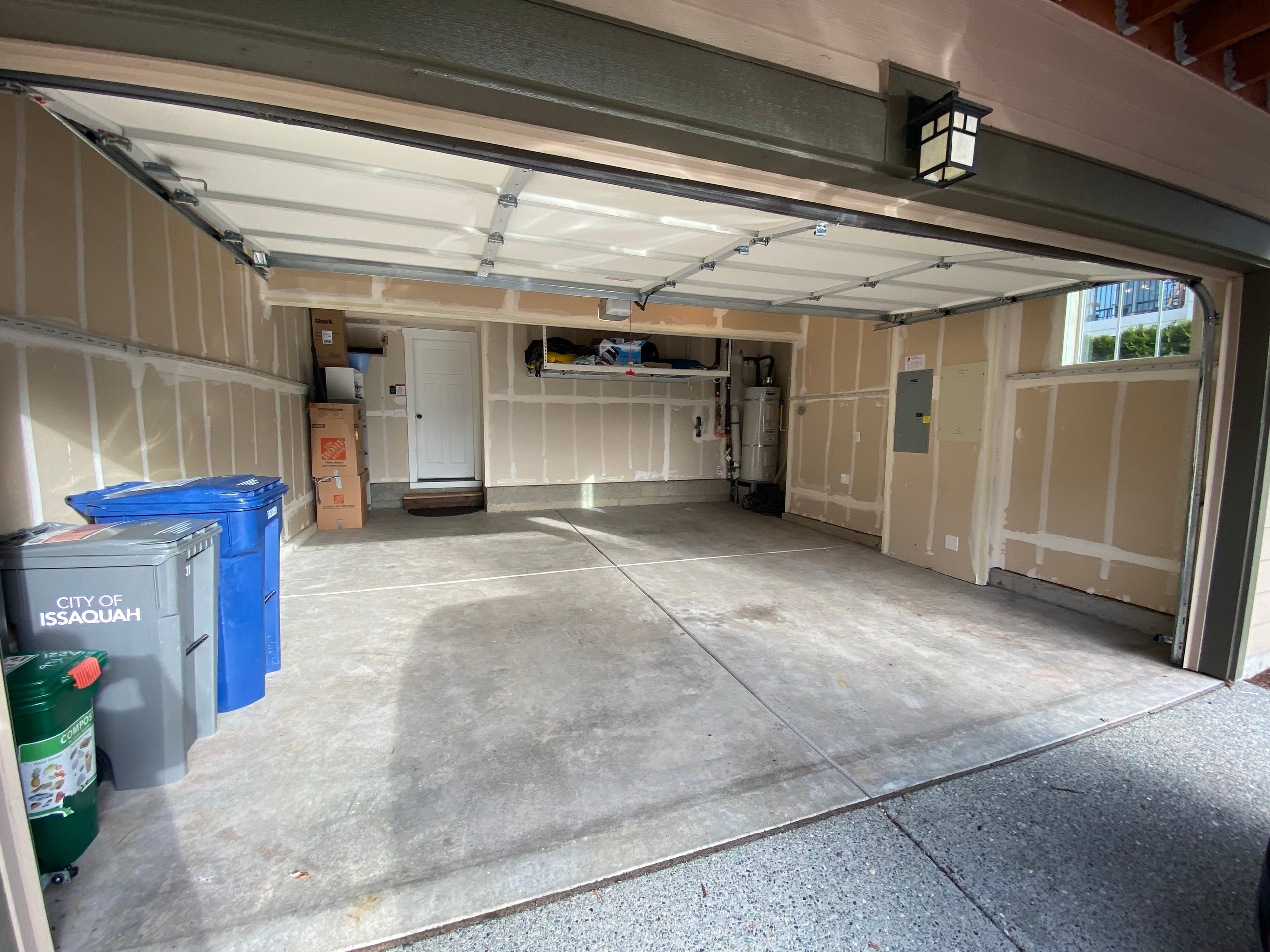 22x19 Garage self storage unit