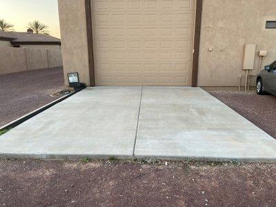 20x20 Driveway self storage unit