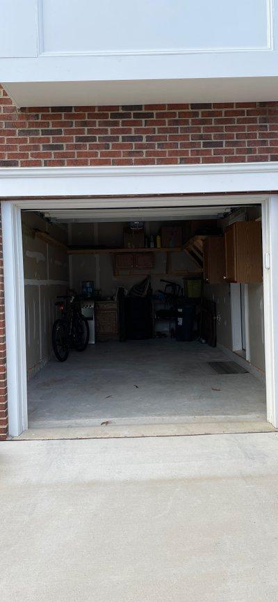 10x18 Garage self storage unit