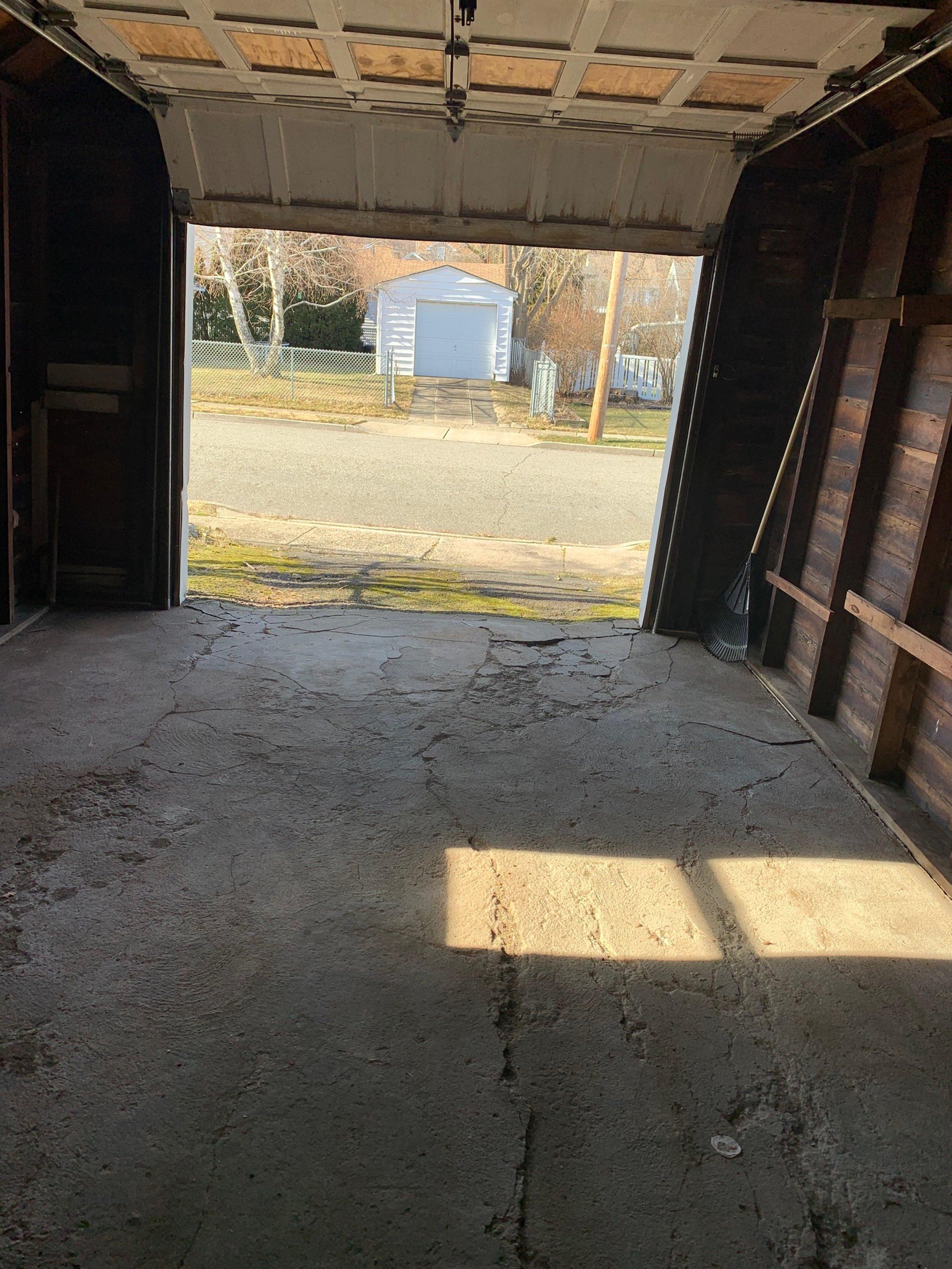 18x11 Garage self storage unit
