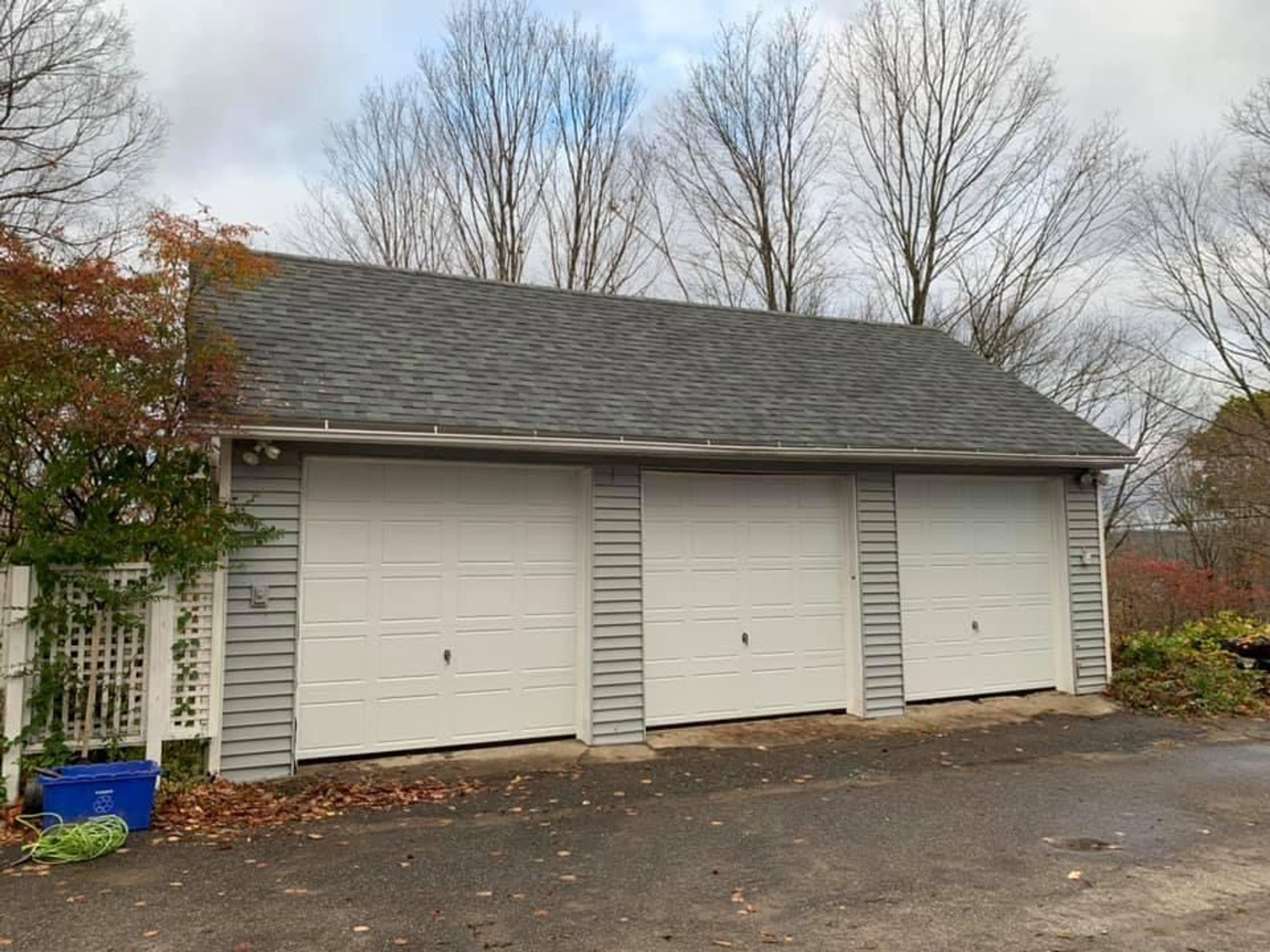 25x8 Garage self storage unit