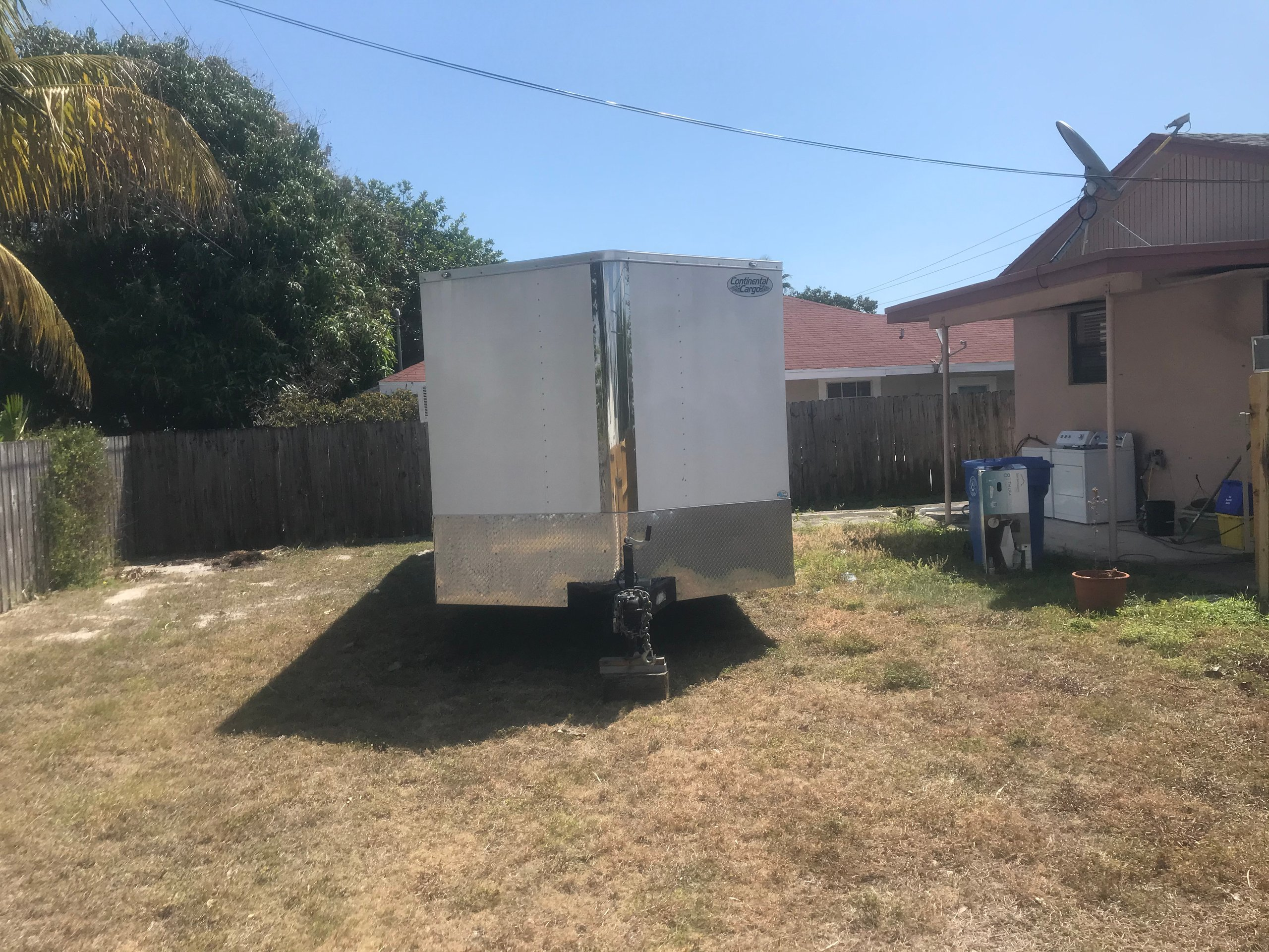 61x32 Unpaved Lot self storage unit