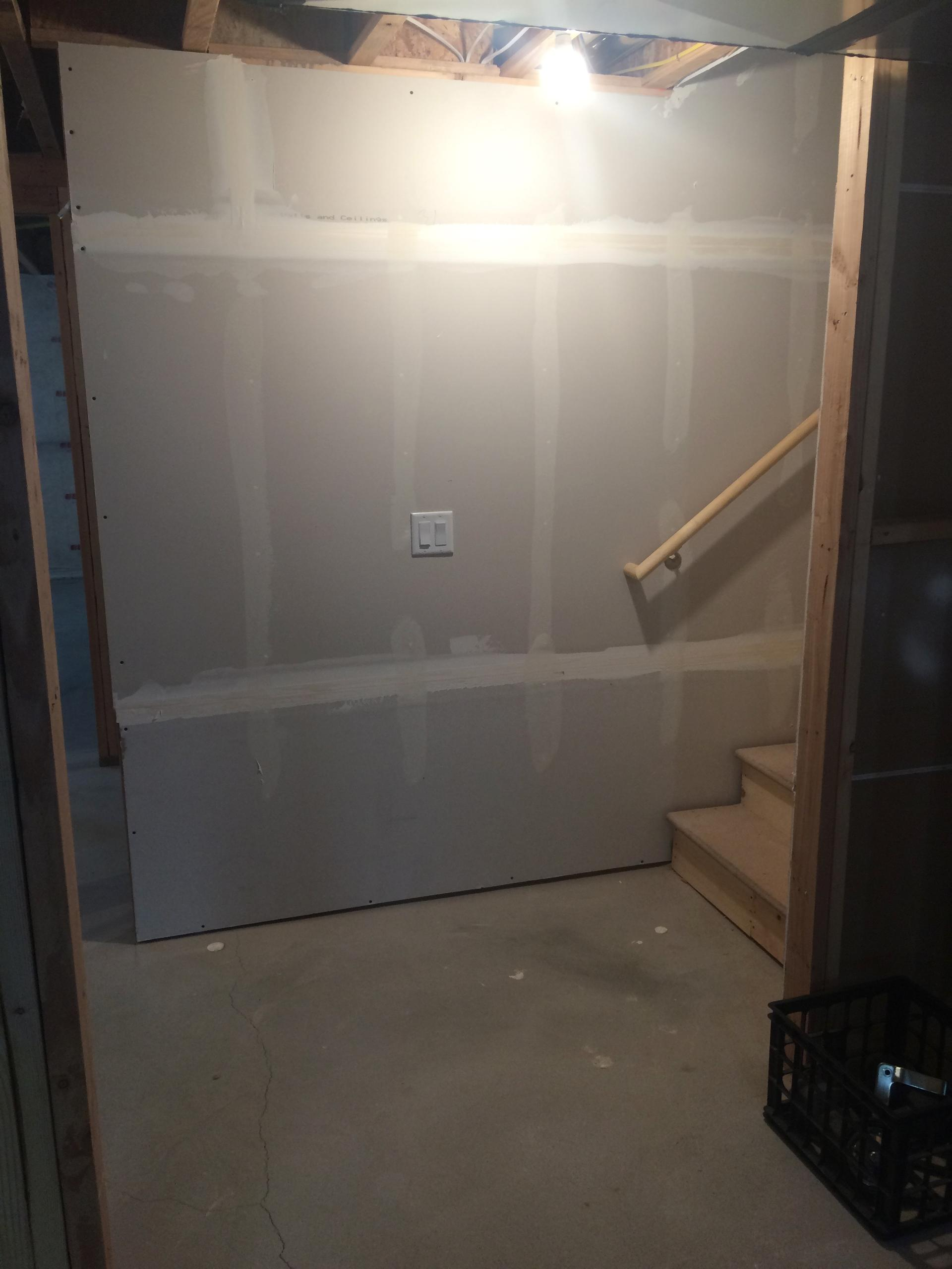 15x10 Basement self storage unit