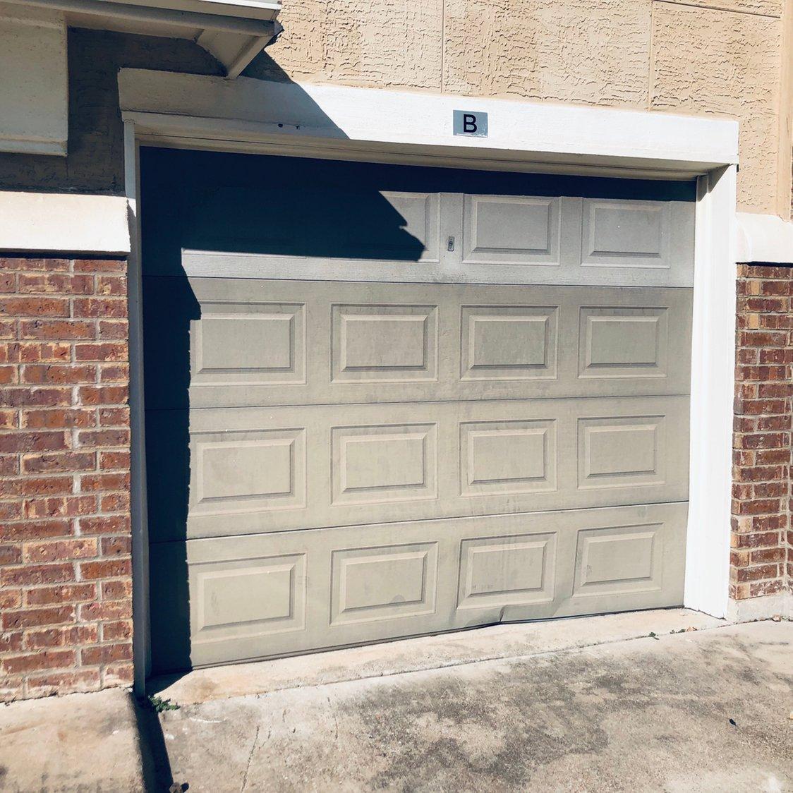 19x9 Garage self storage unit