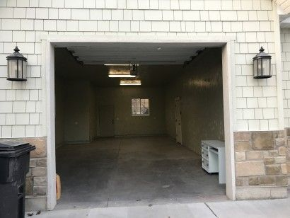 10x10 Garage self storage unit