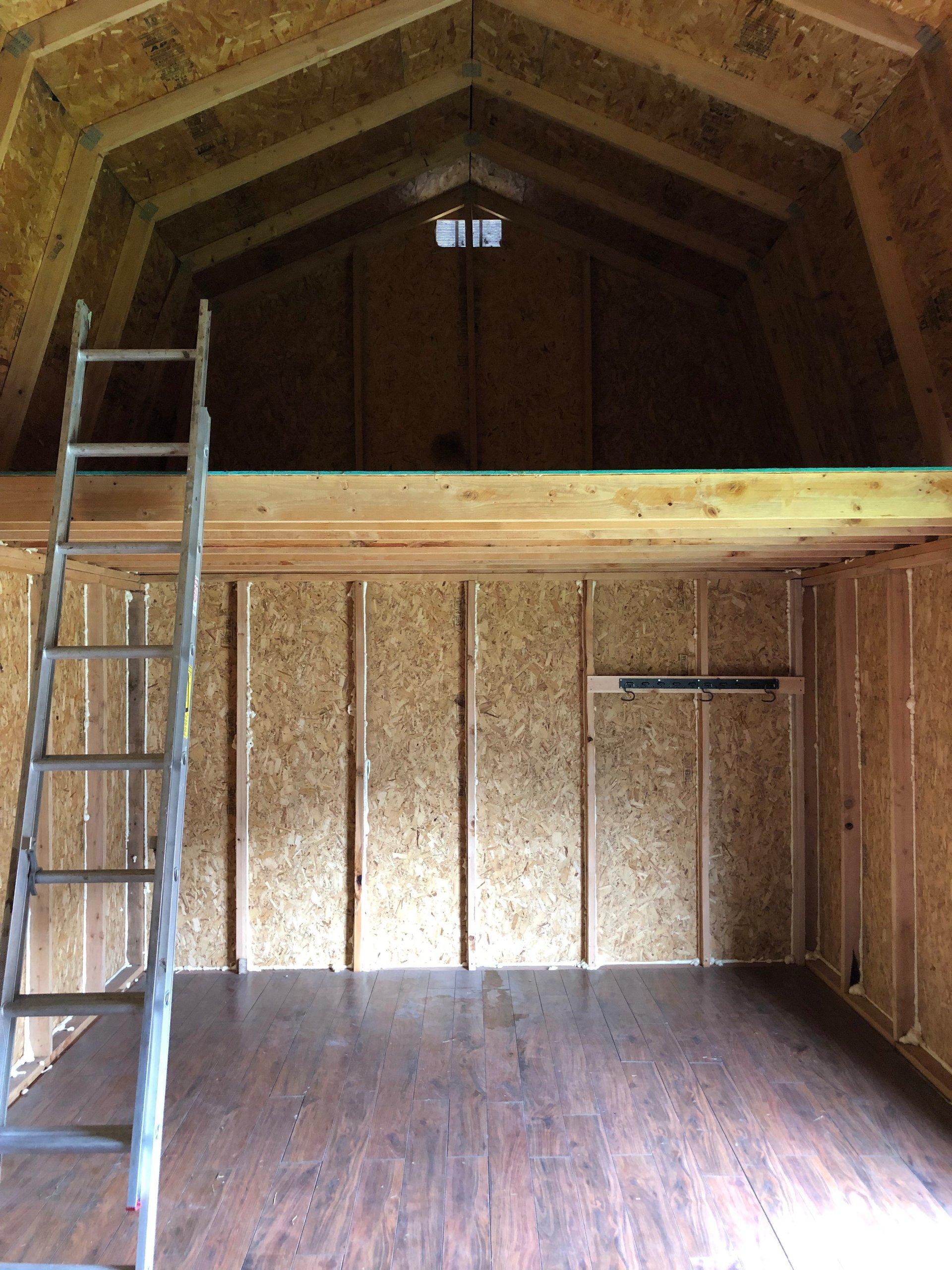 18x22 Garage self storage unit