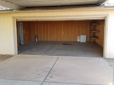 23x22 Garage self storage unit