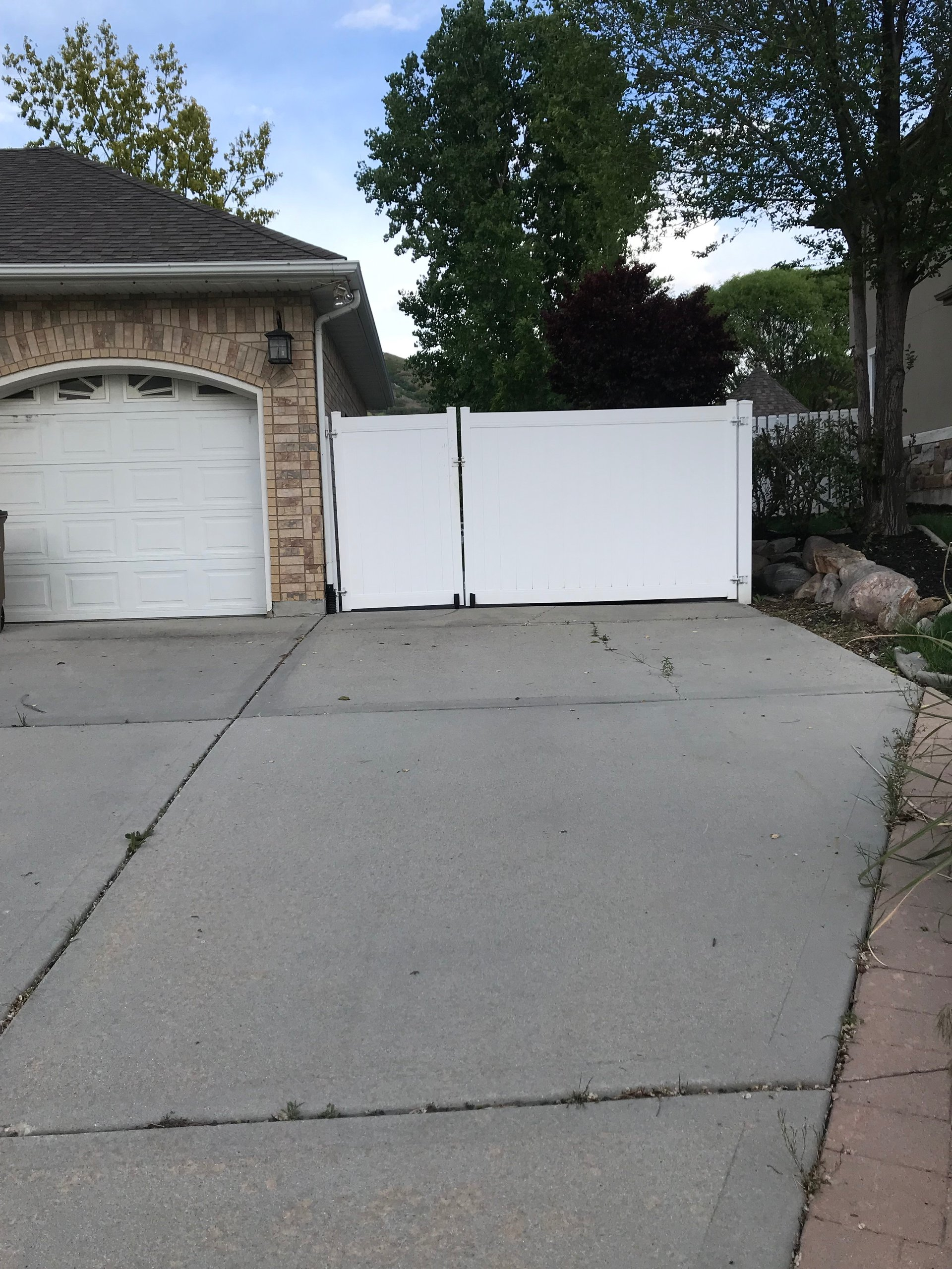 10x15 Driveway self storage unit