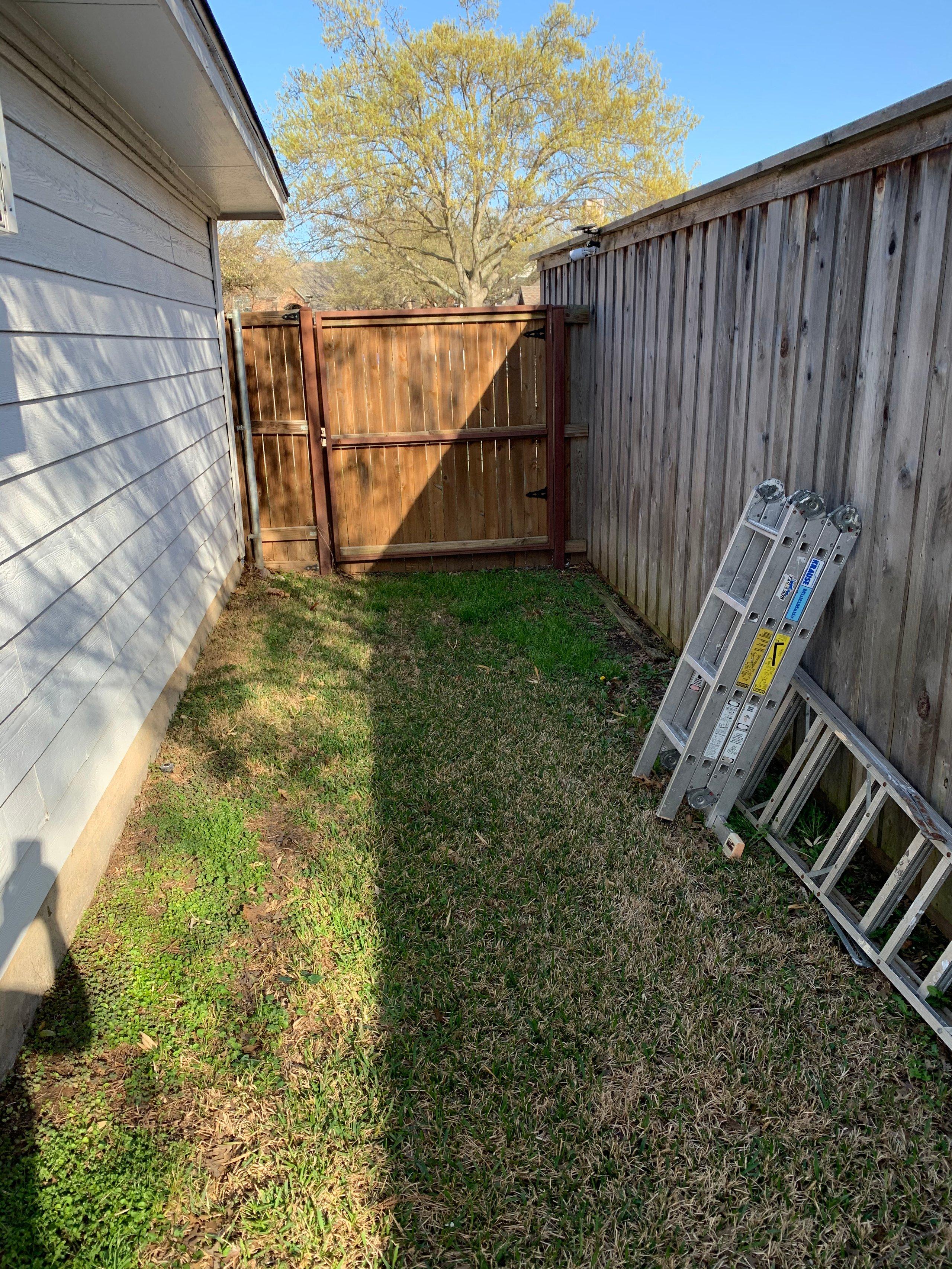10x5 5' X 10' in the backyard  self storage unit