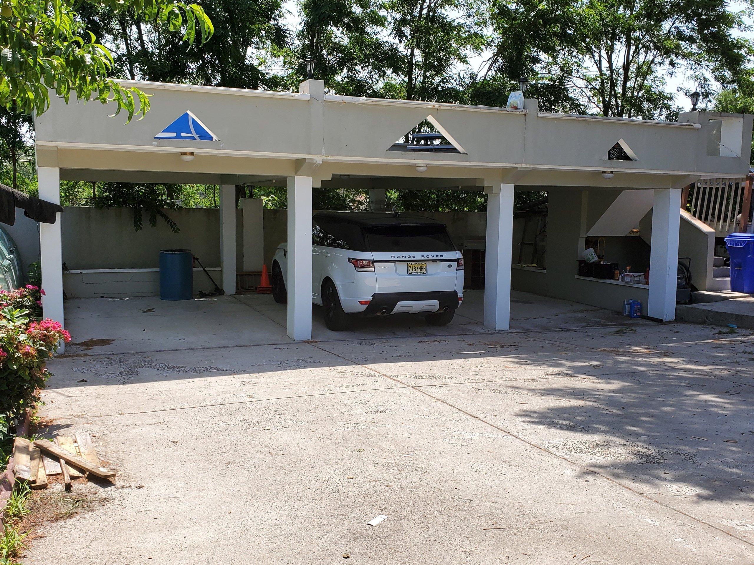 100x30 Parking Lot self storage unit