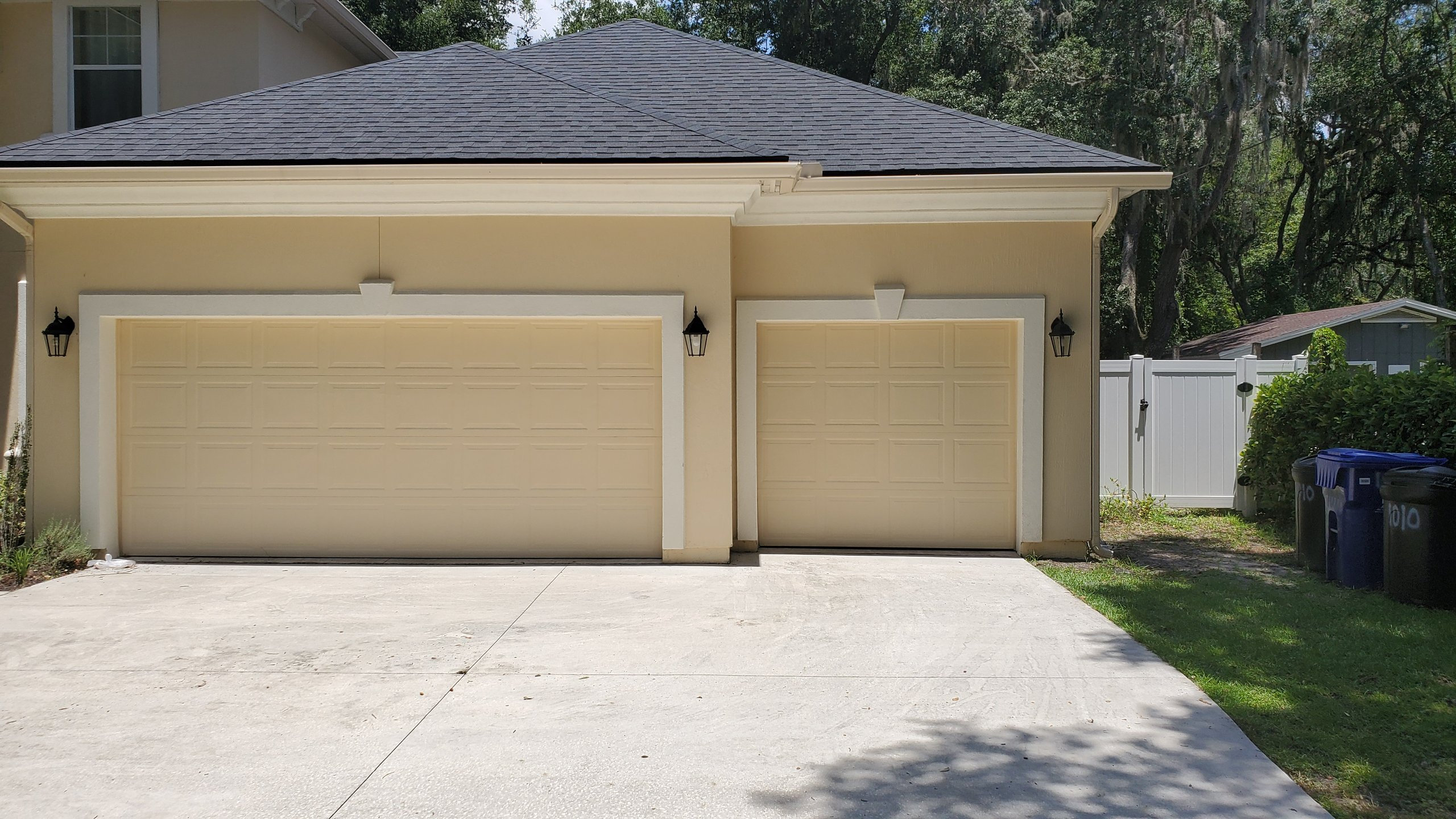 10x10 Garage self storage unit