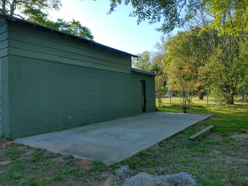 31x12 Driveway self storage unit
