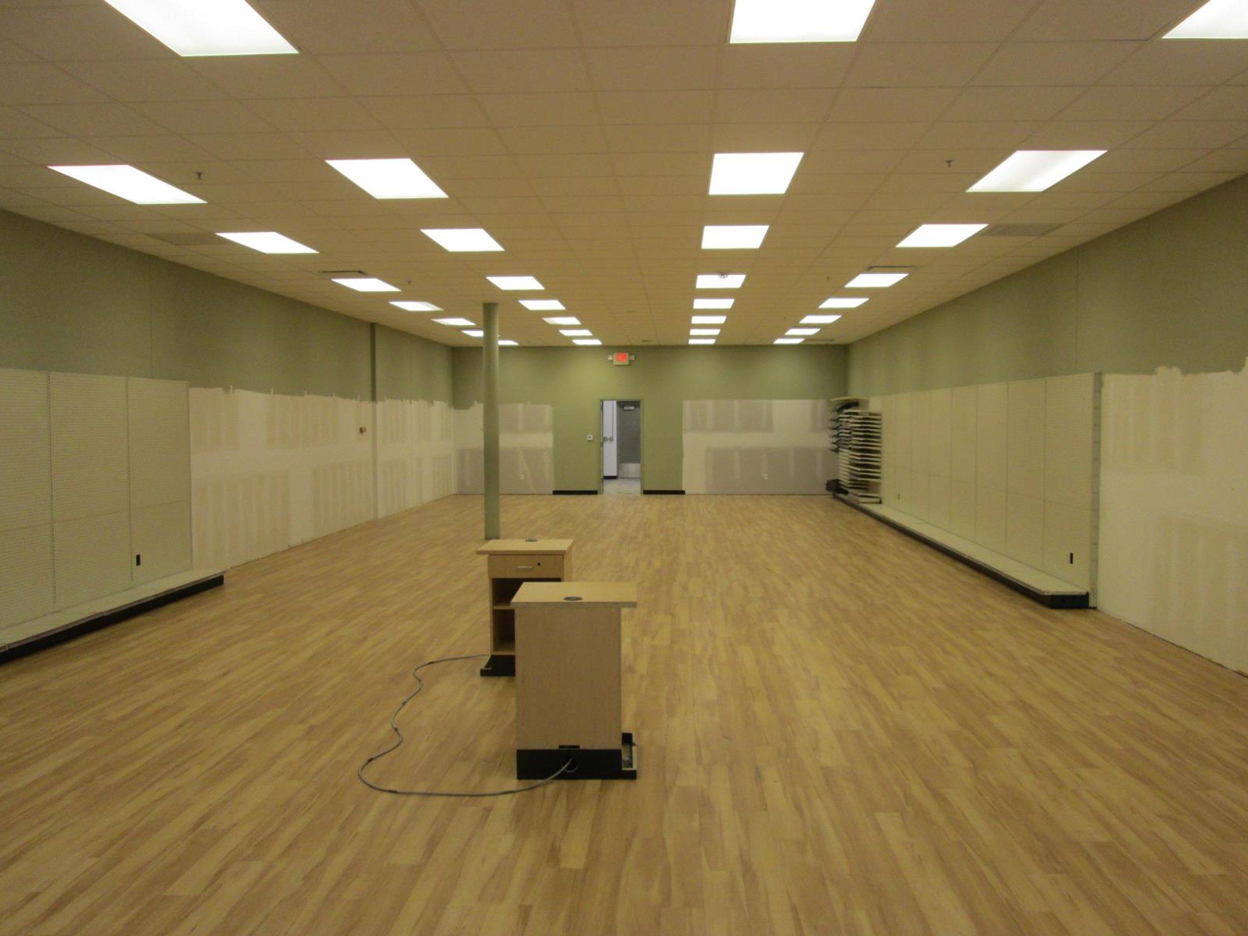 100x30 Warehouse self storage unit