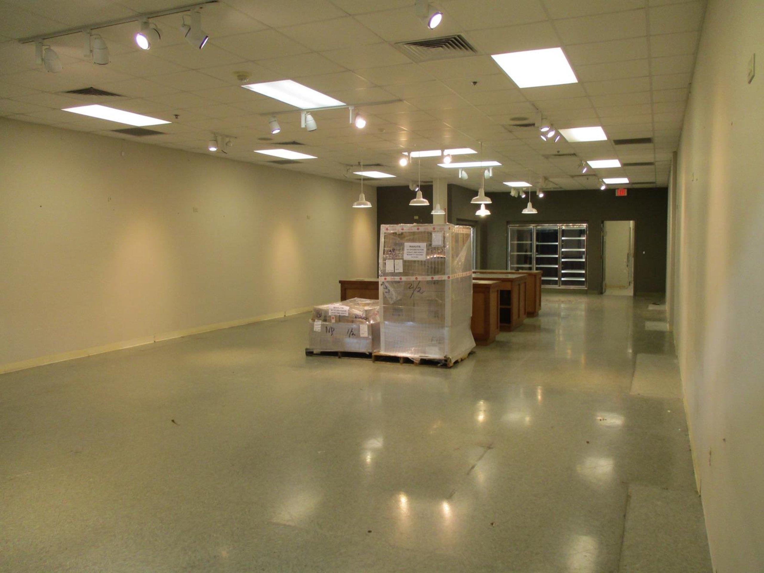 100x25 Warehouse self storage unit