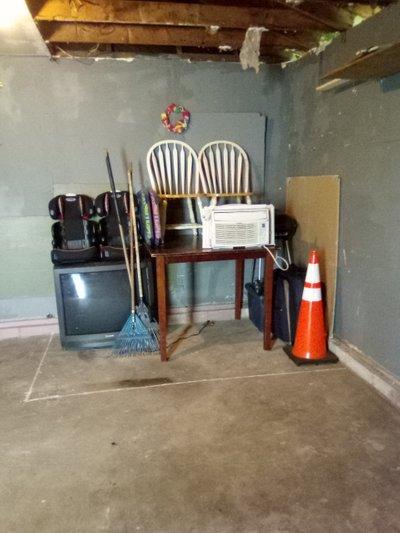 14x30 Garage self storage unit