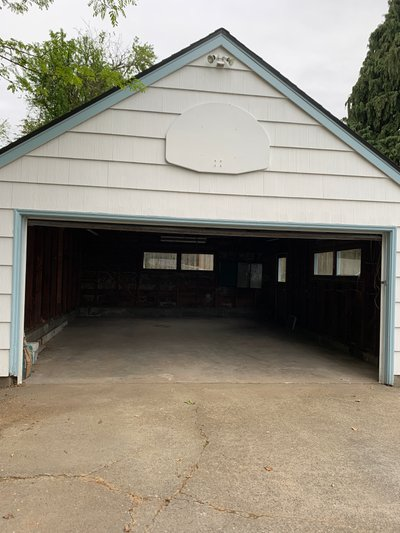 23x19 Garage self storage unit