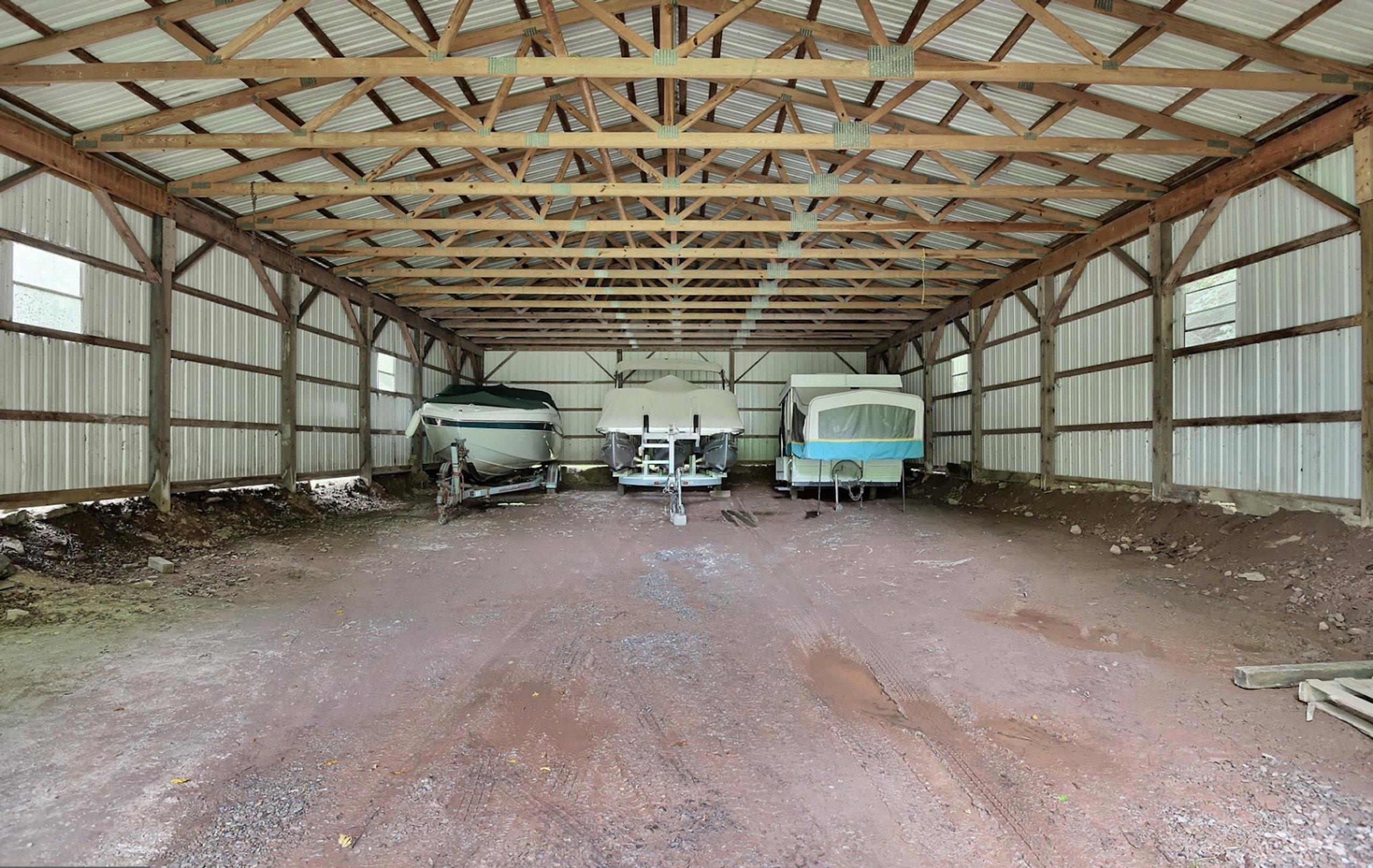 60x40 Garage self storage unit