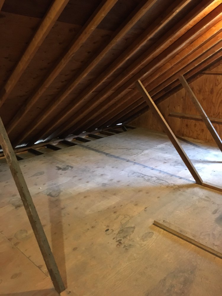 10x8 Attic self storage unit