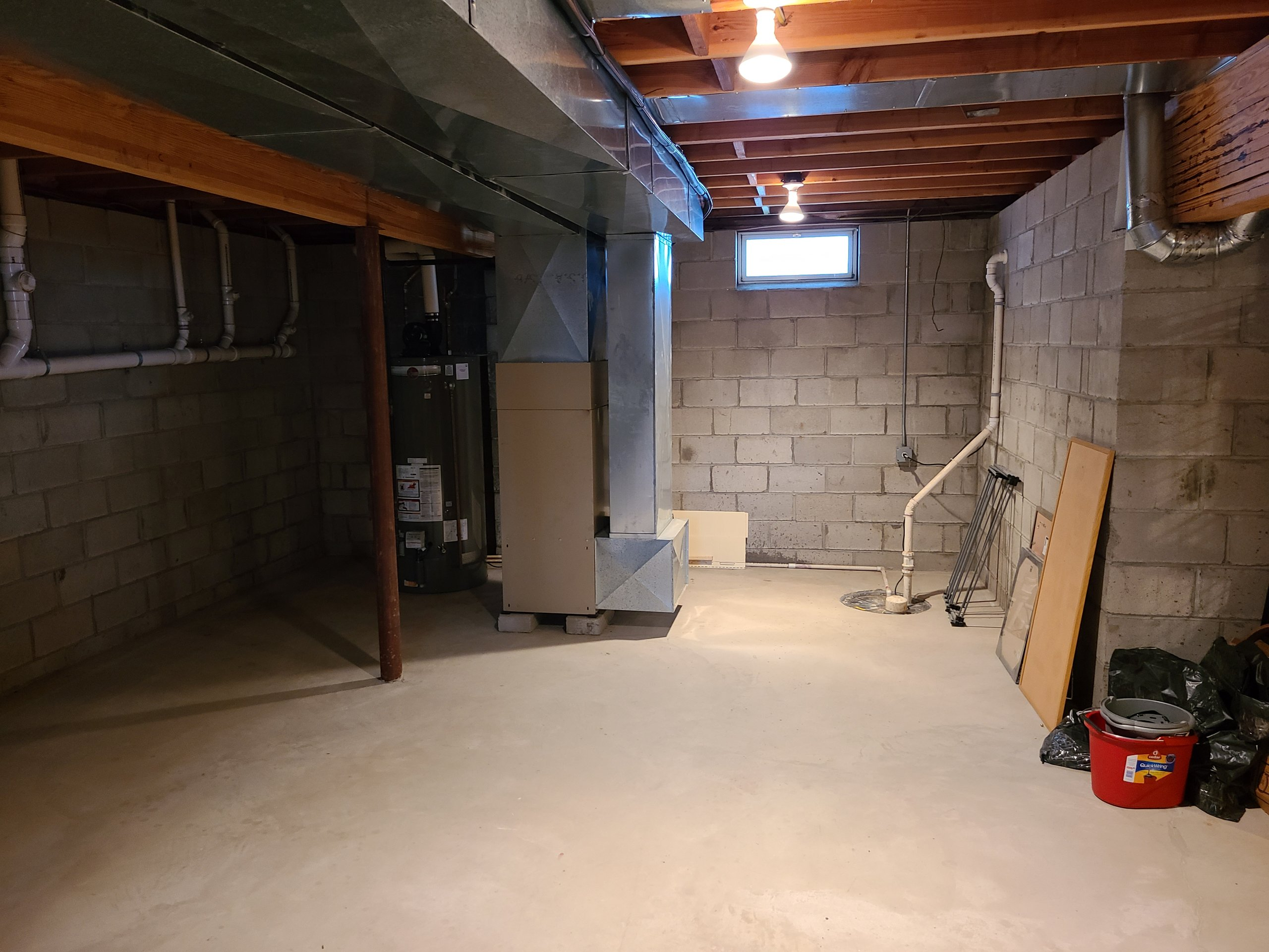 10x16 Basement self storage unit