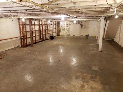 46x24 Basement self storage unit