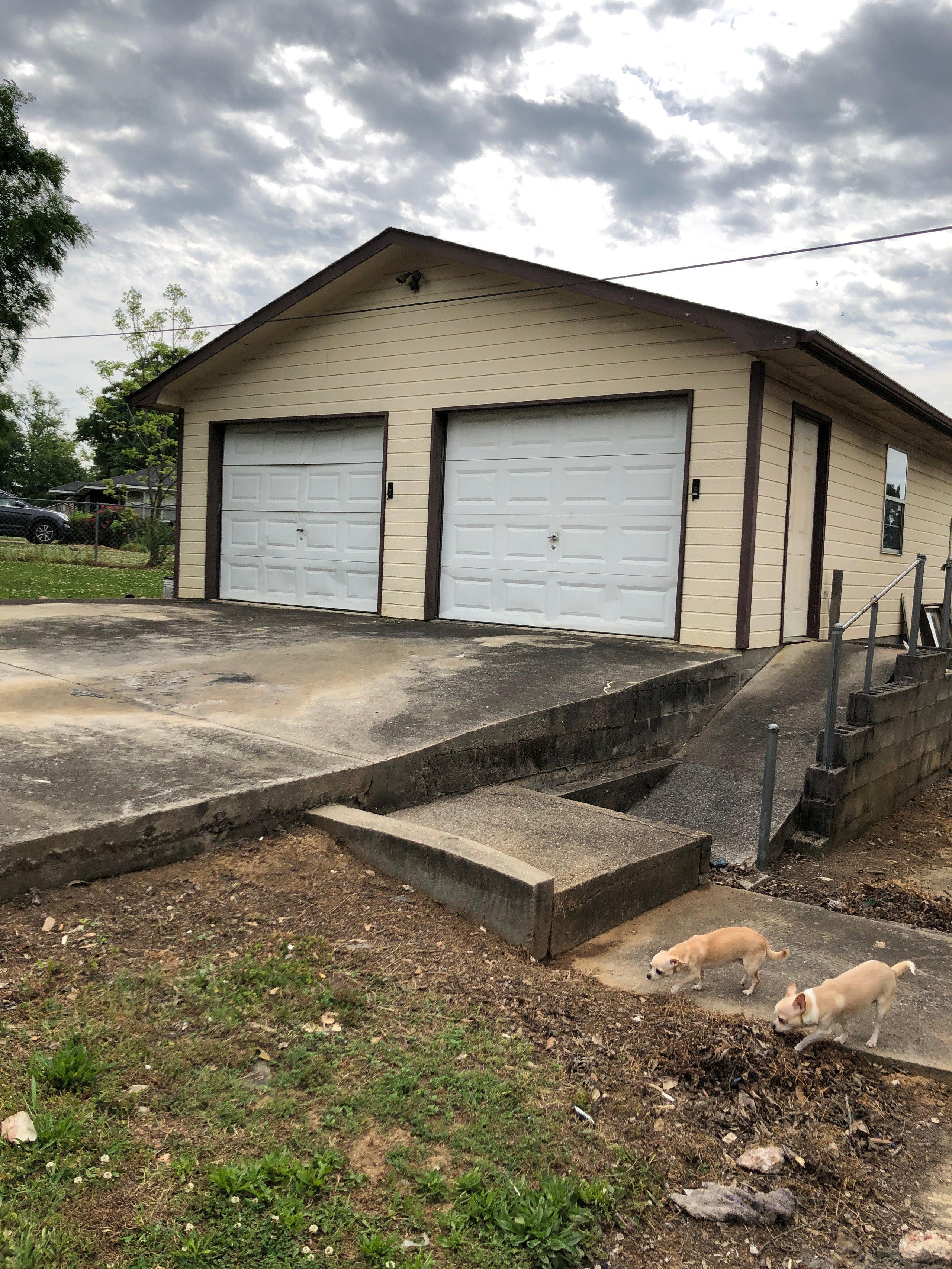 10x30 Garage self storage unit
