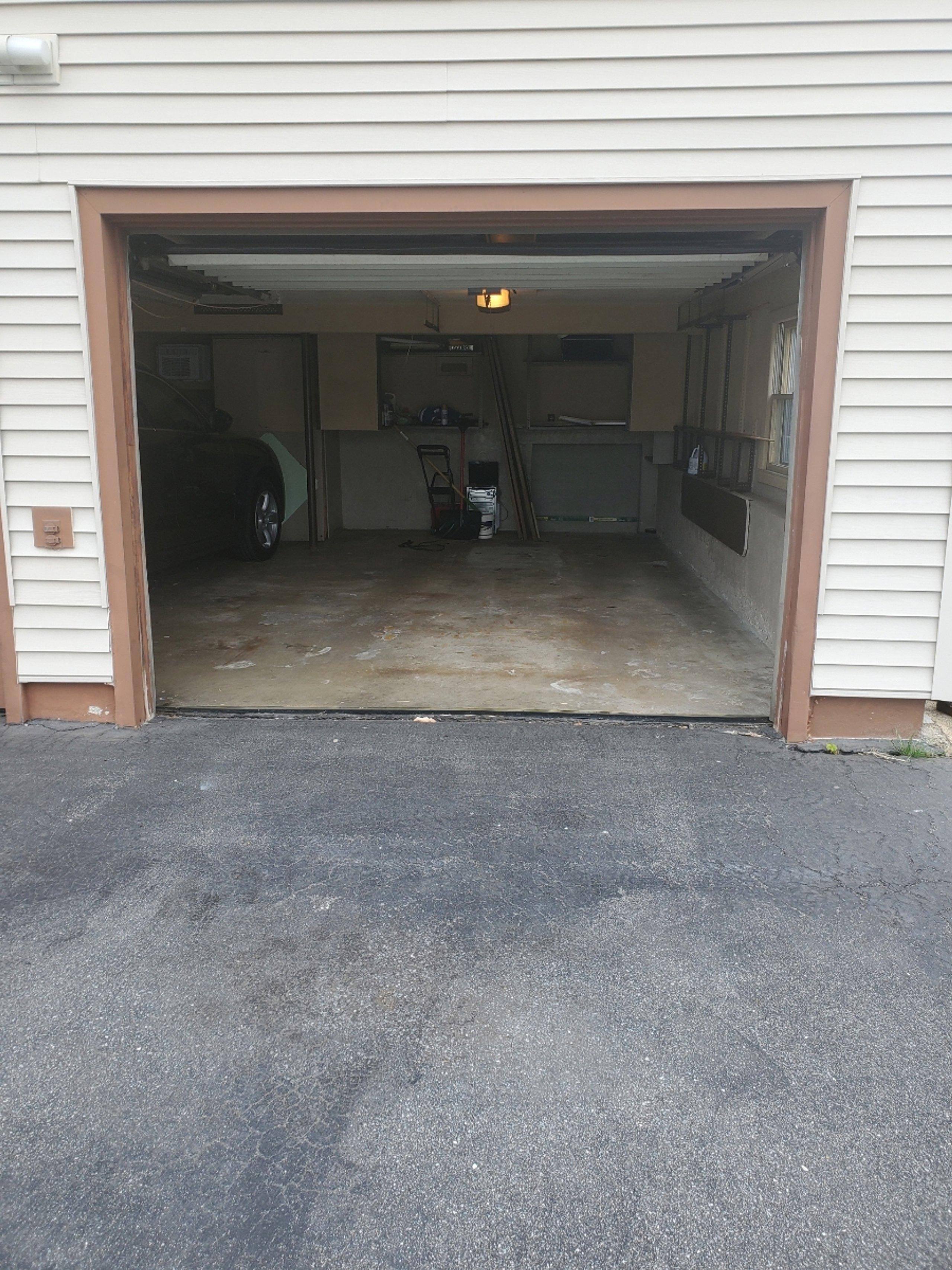 14x22 Garage self storage unit