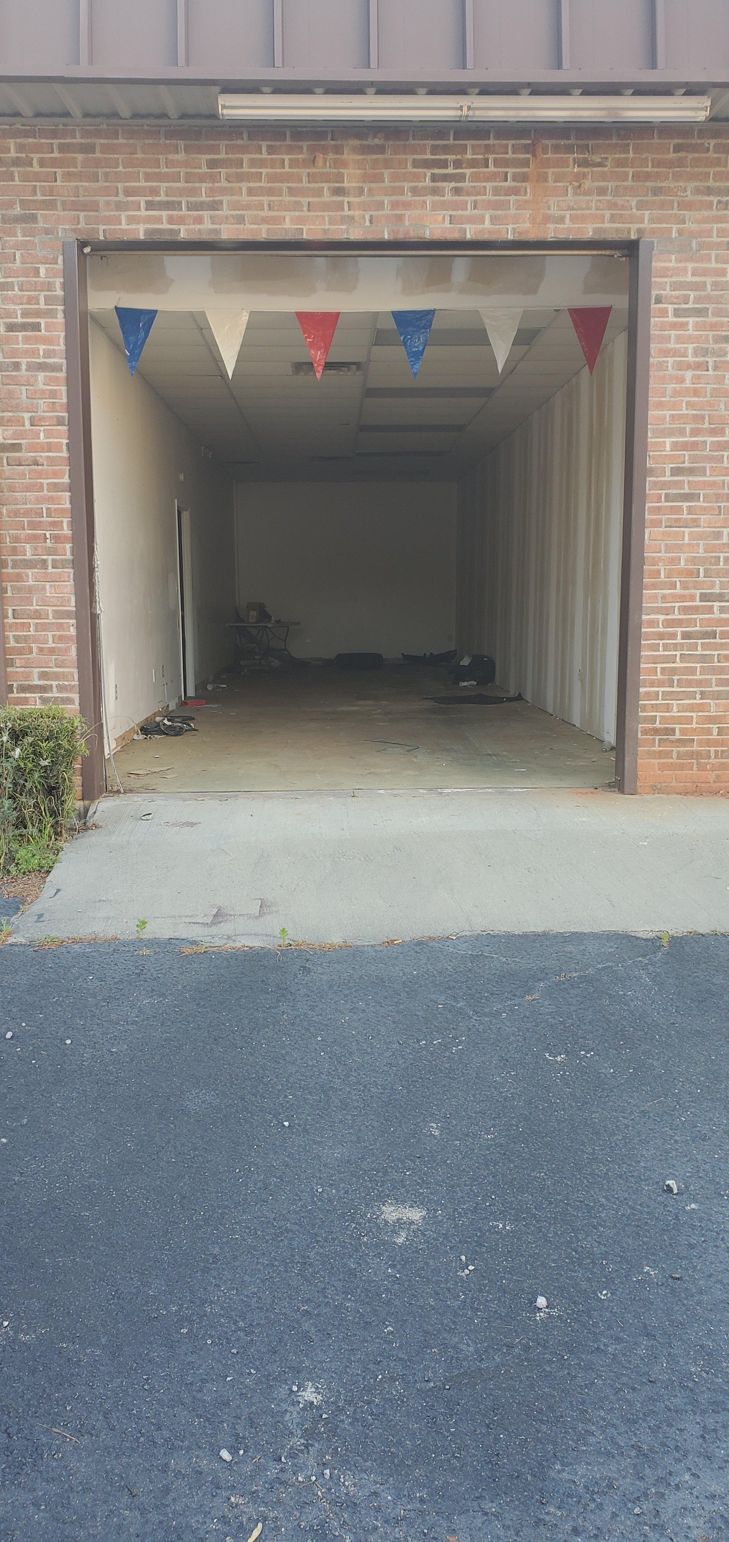 80x25 Garage self storage unit