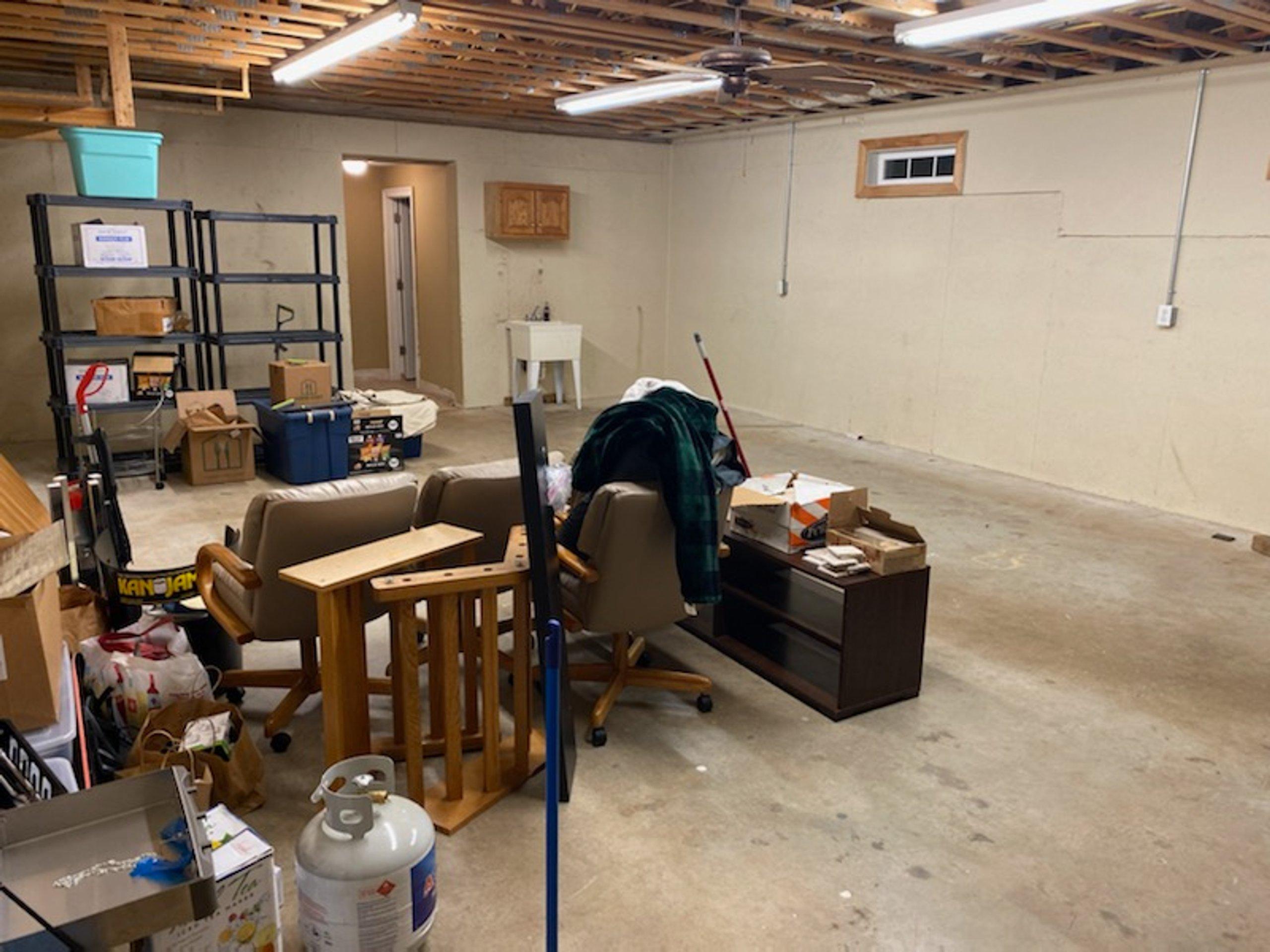 25x12 Basement self storage unit